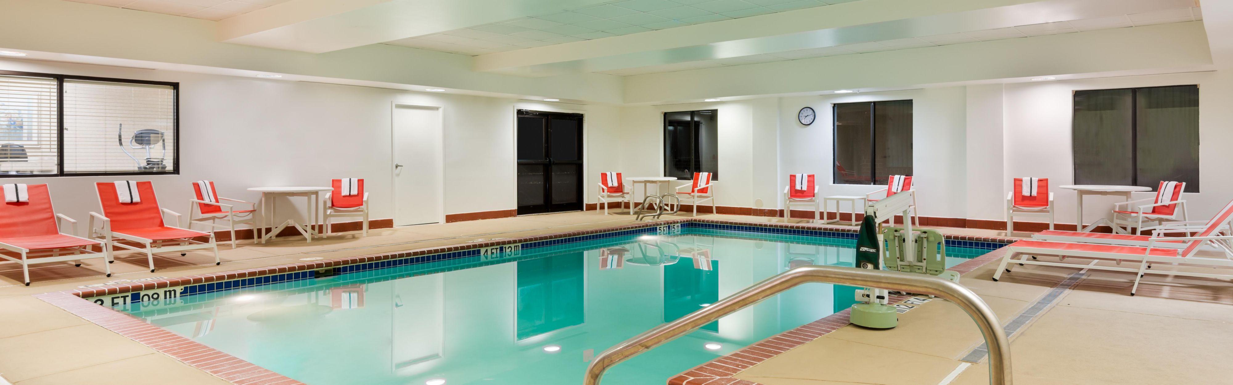 Holiday Inn Express & Suites Richmond North Ashland image 2