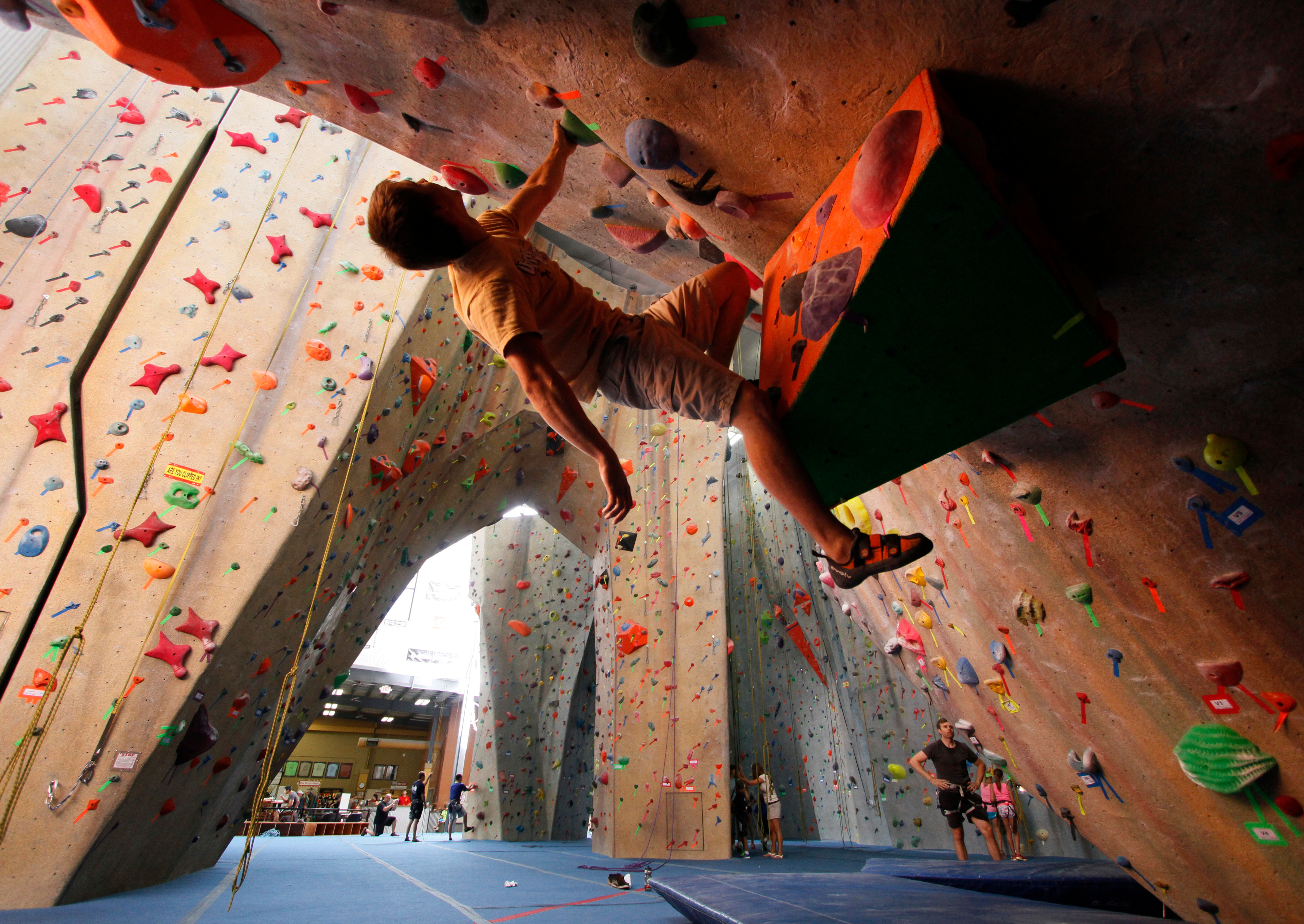Upper Limits Rock Climbing Gym - Maryland Heights image 8