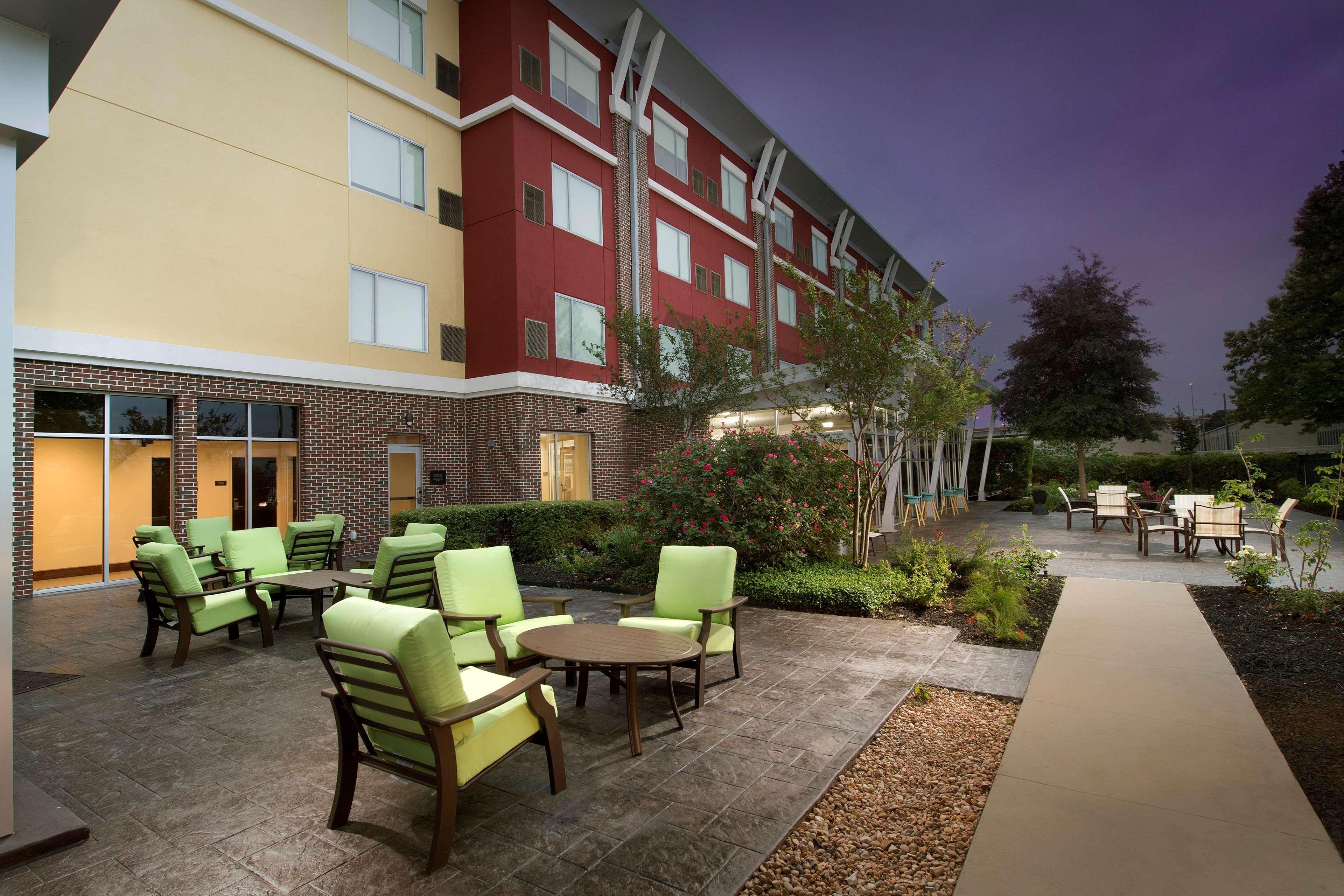 Nice Hilton Garden Inn San Antonio Airport Composition - Brown ...
