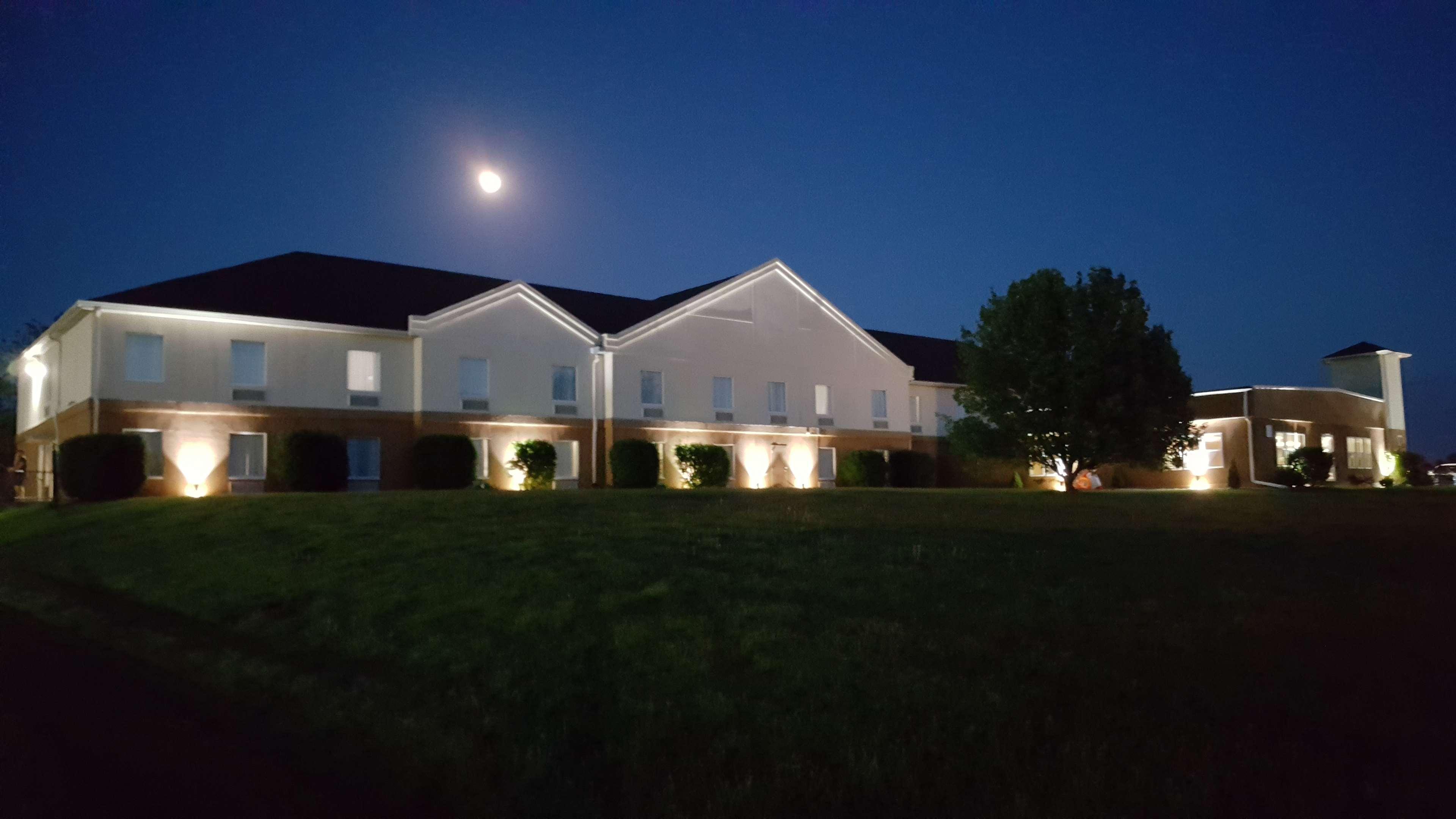 Best Western Teal Lake Inn image 23