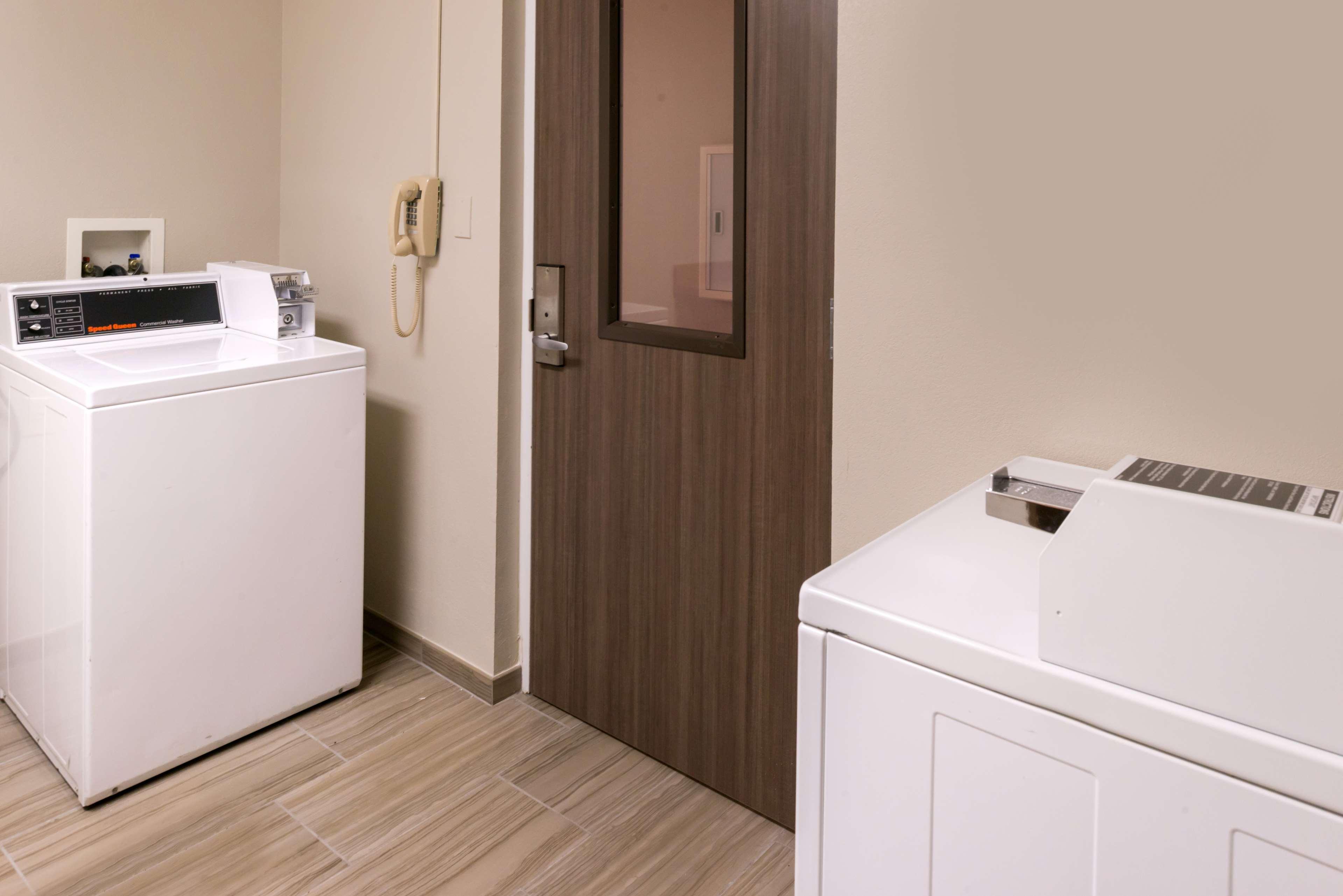 Hampton Inn & Suites Orlando/East UCF Area image 29