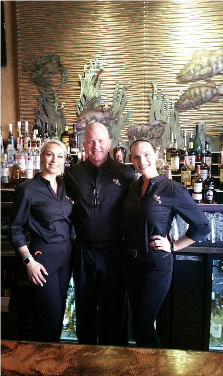 Blinkers Beachside Steakhouse and Lounge image 0