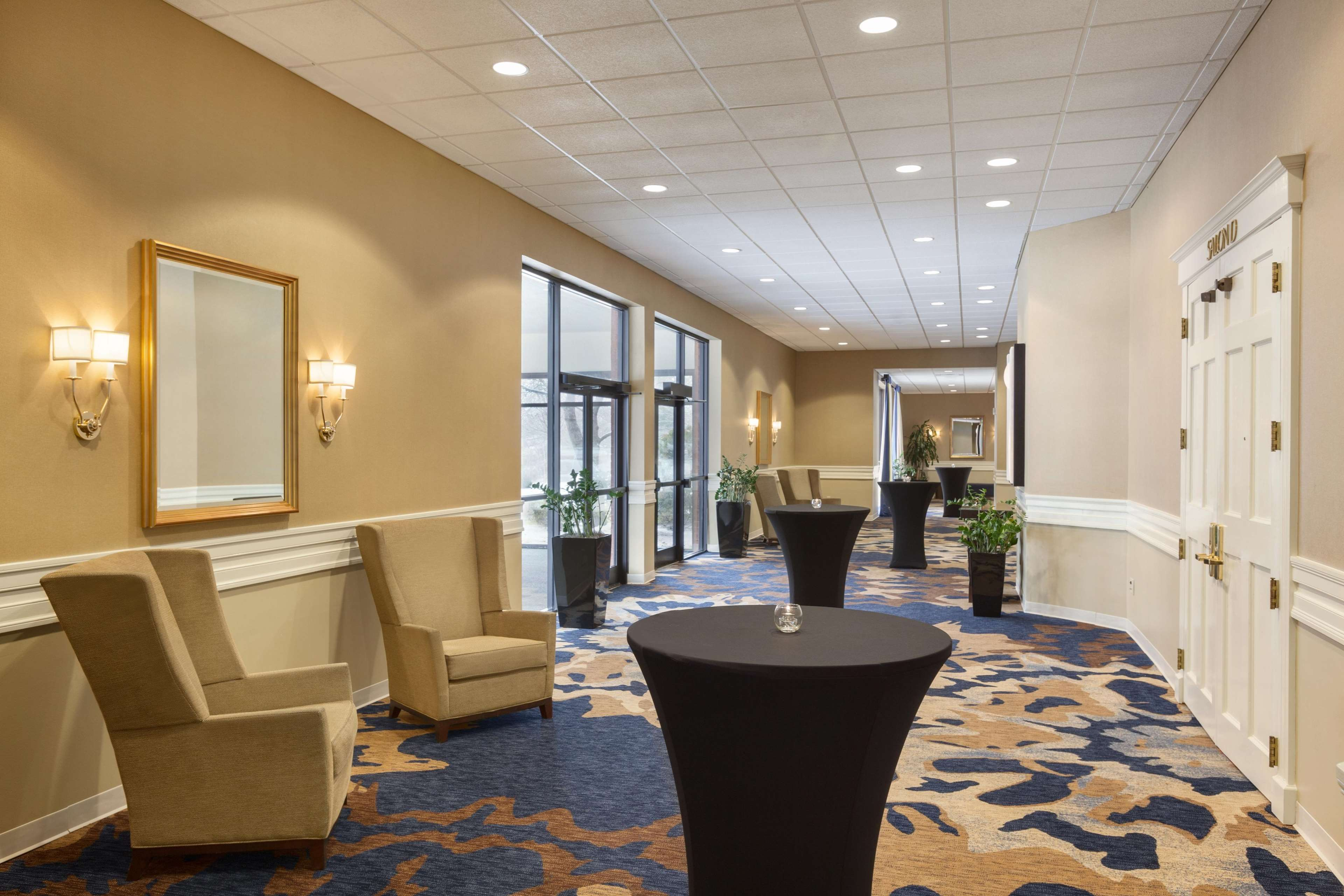 DoubleTree by Hilton Boston - Andover image 35