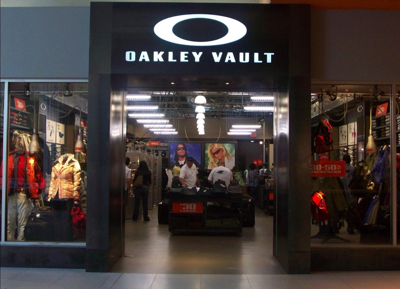 oakley discount store  oakley vault image 0