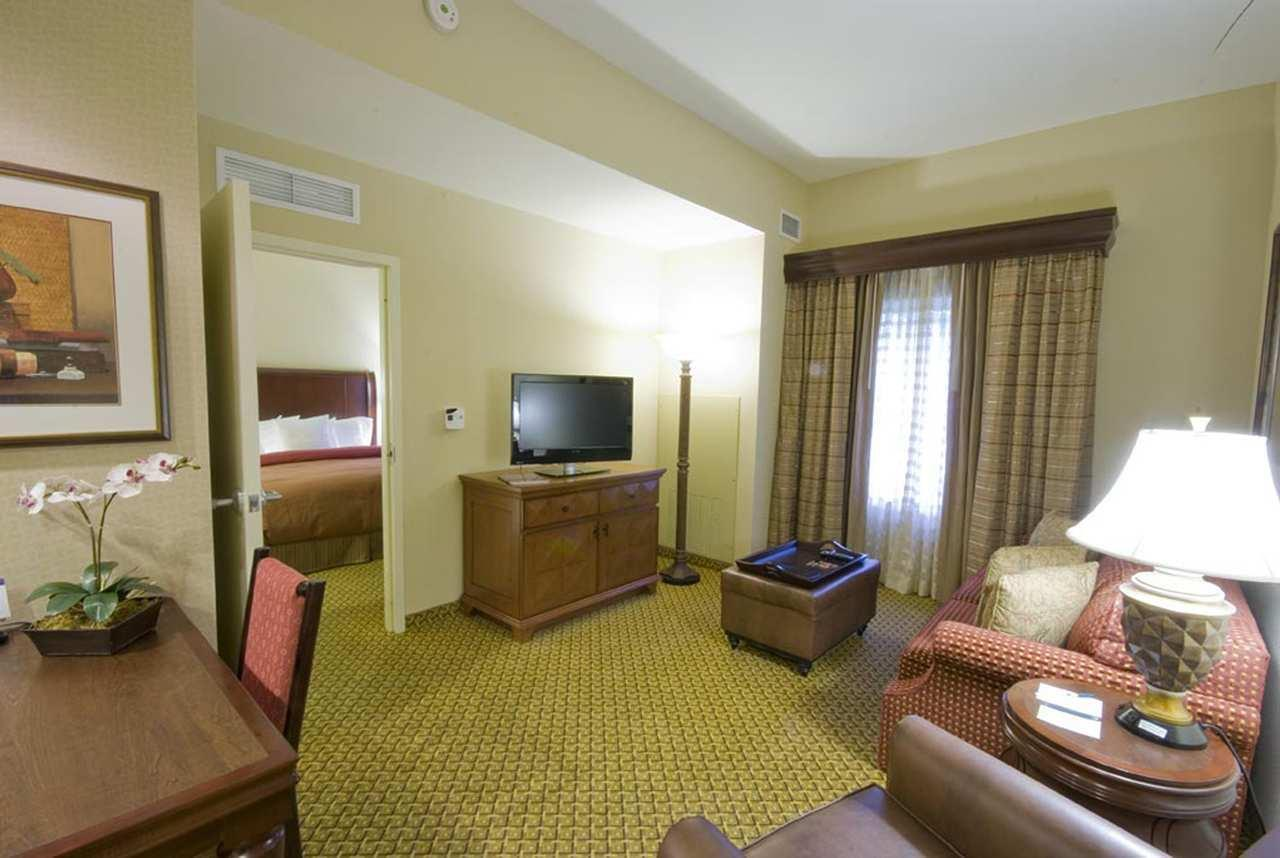 Homewood Suites by Hilton Miami - Airport West image 6