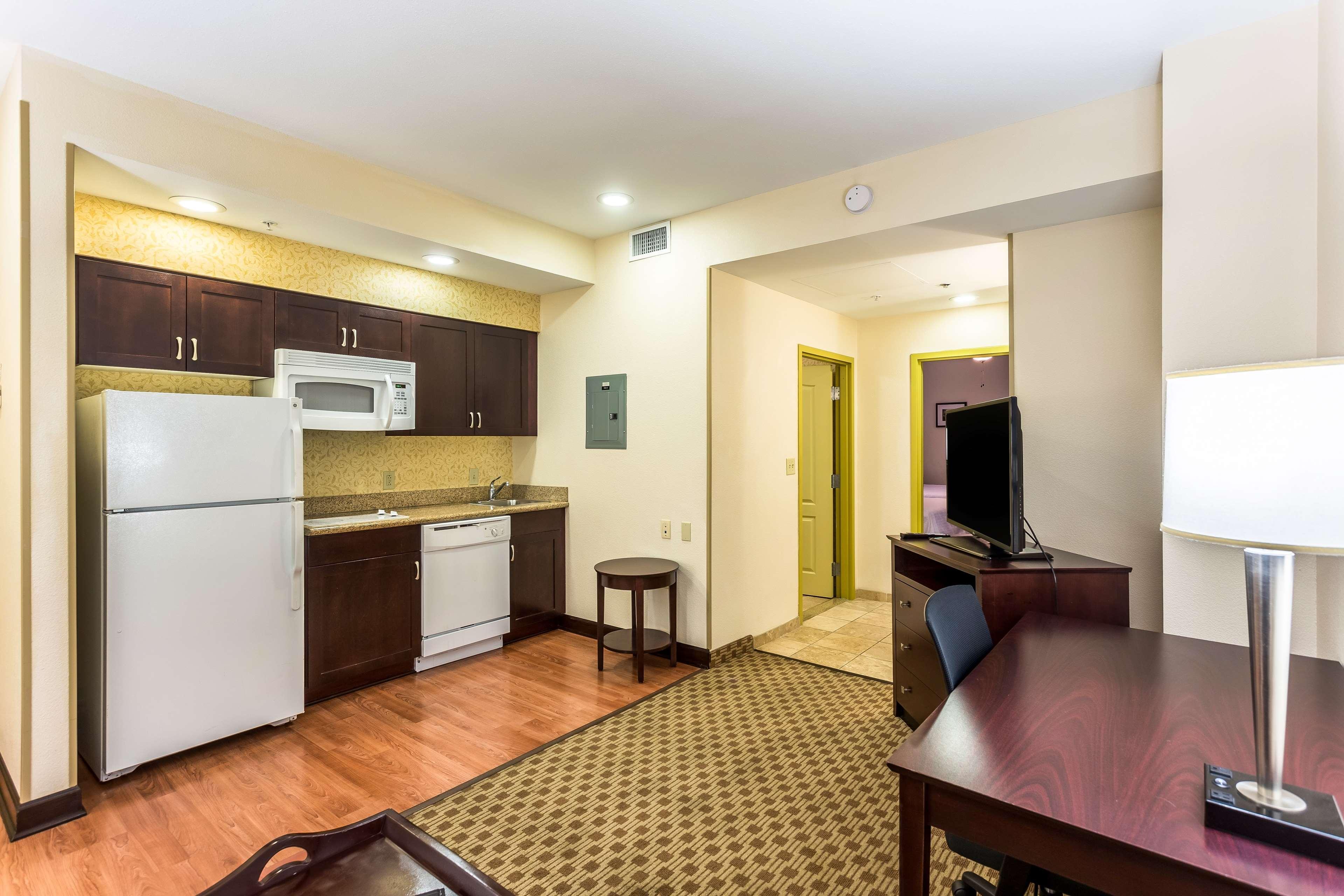 Homewood Suites by Hilton Nashville-Downtown image 12