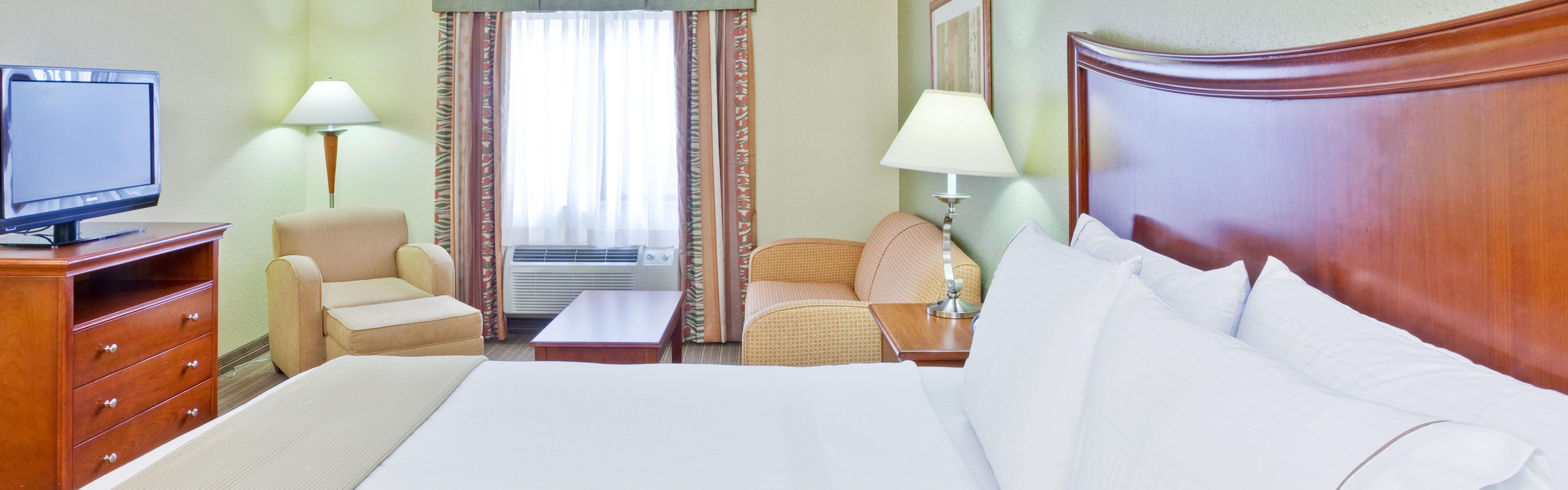 Holiday Inn Express Winfield - Teays Valley image 1
