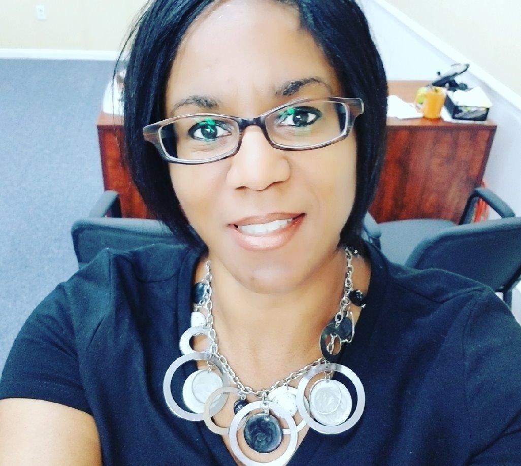 Allstate Insurance Agent: Paula Little