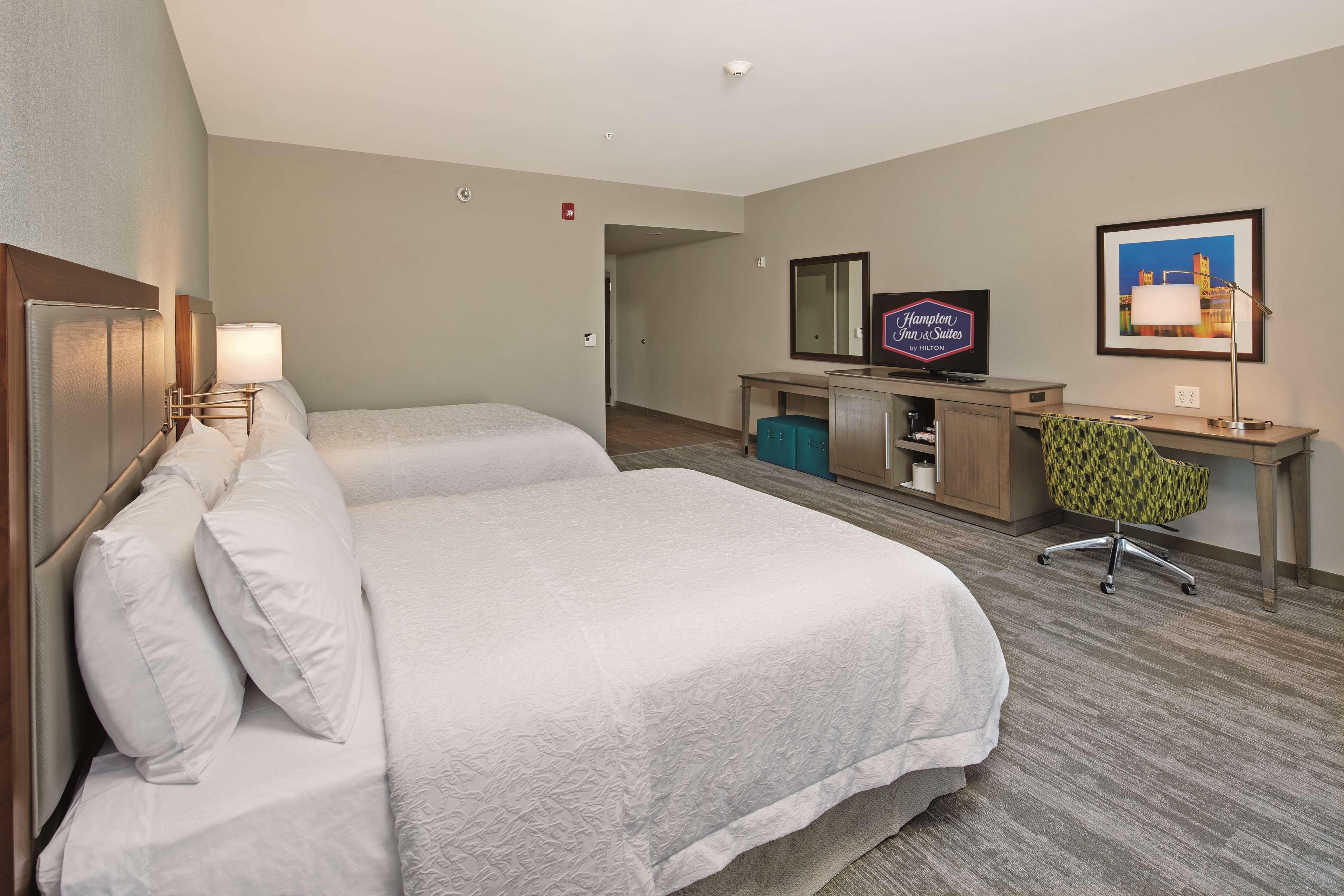 Hampton Inn & Suites Sacramento at CSUS image 24