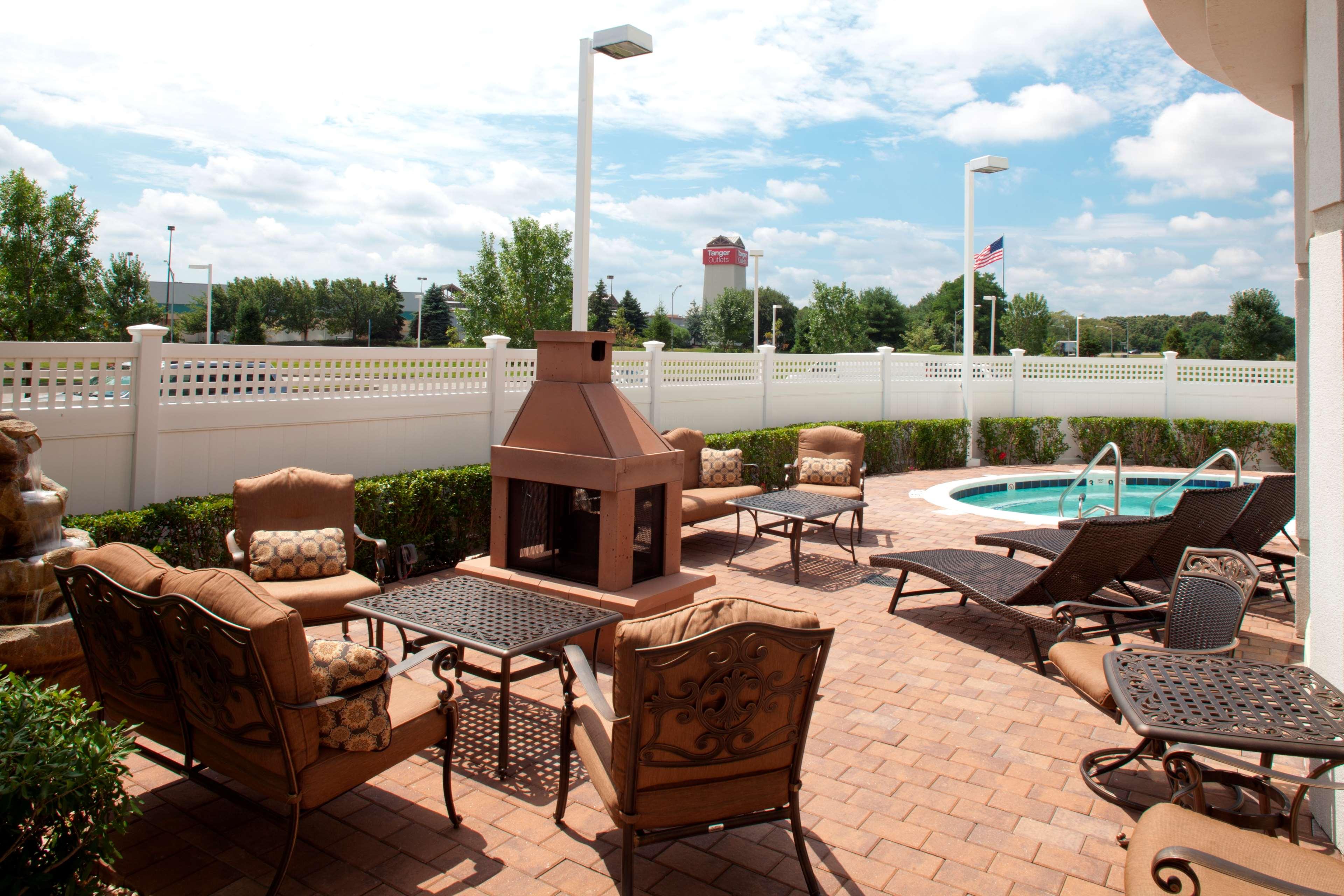 Hilton Garden Inn Riverhead image 20