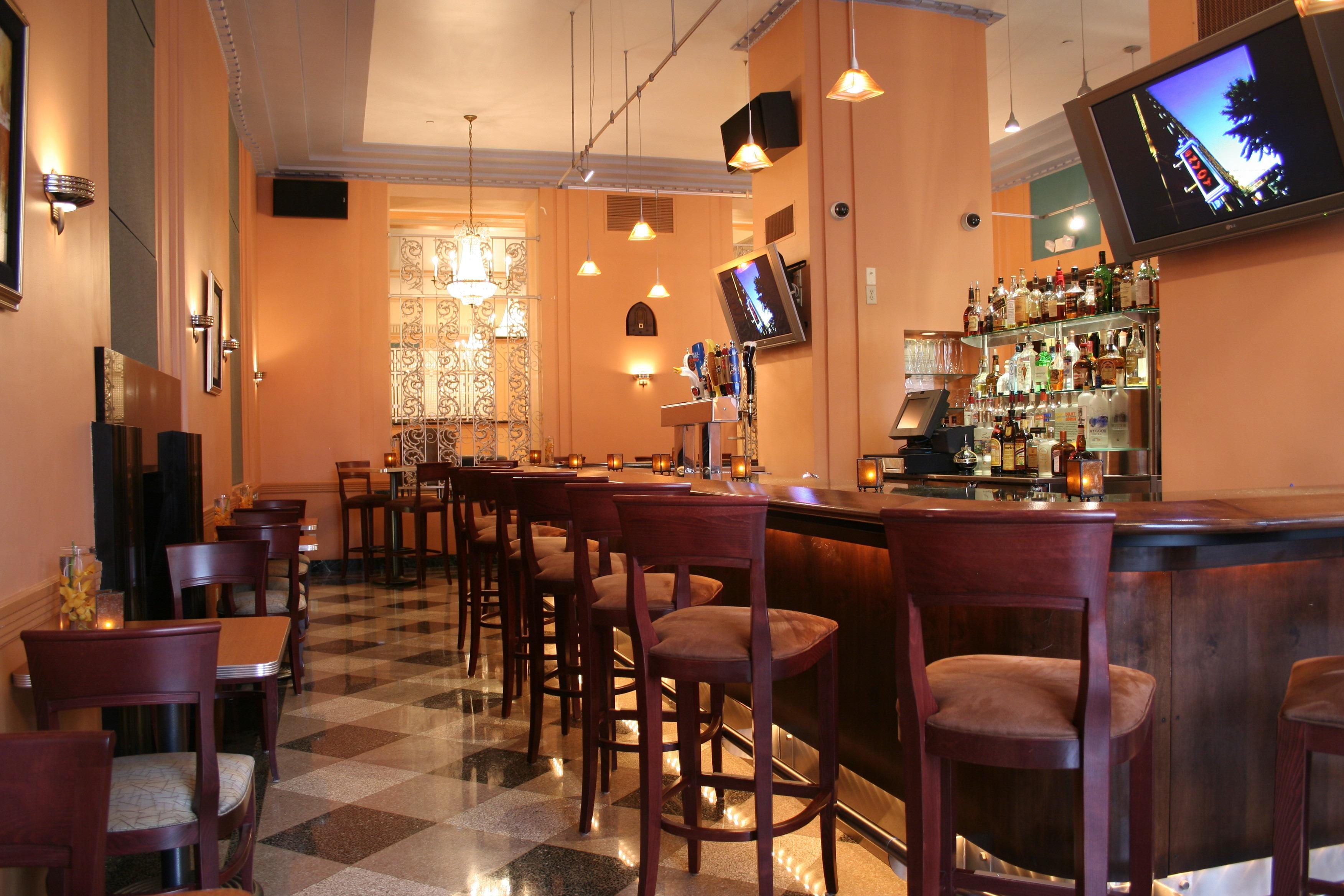 Ambassador Hotel Milwaukee image 9