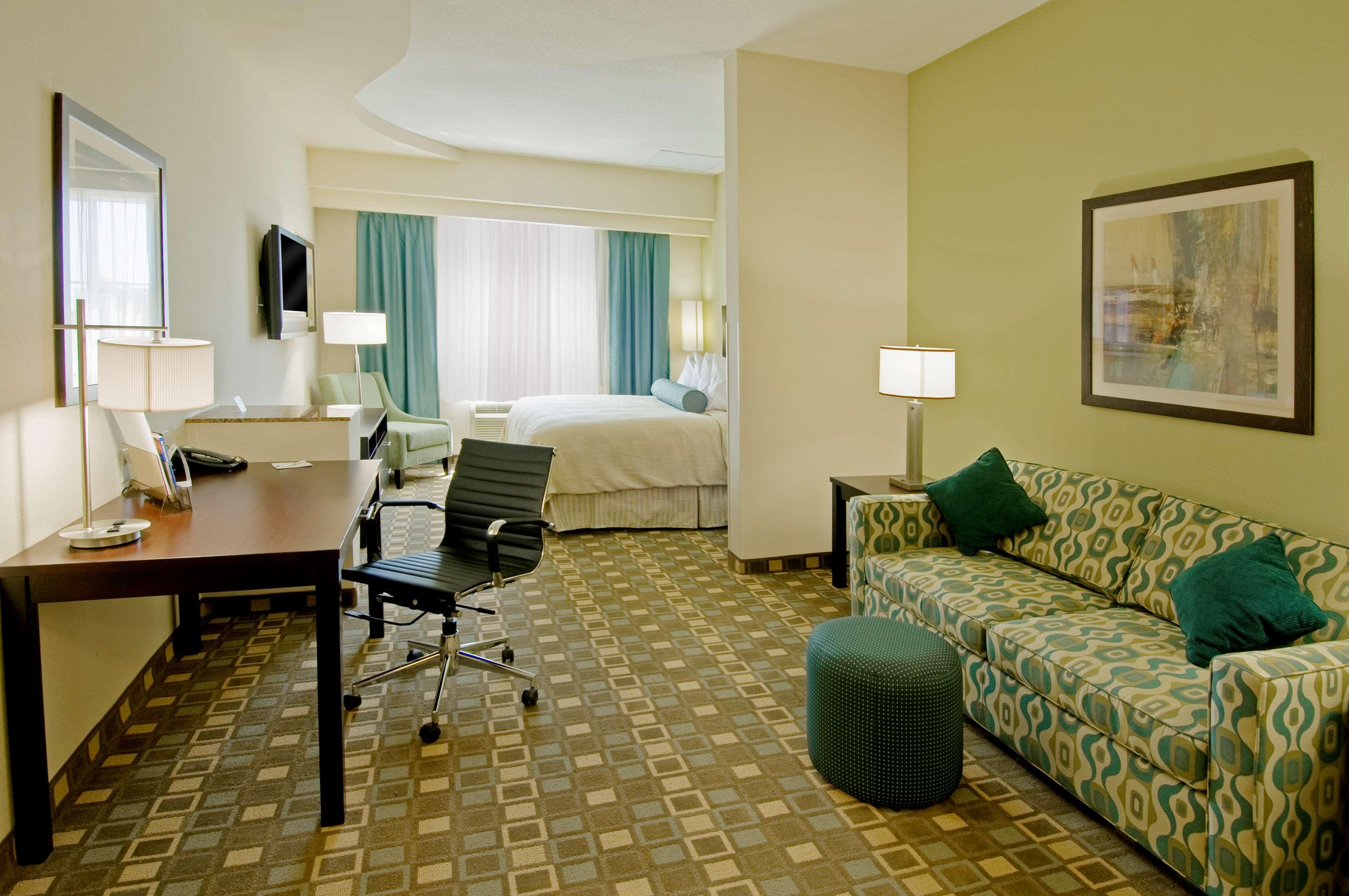 Best Western Plus Fort Lauderdale Airport South Inn & Suites image 11