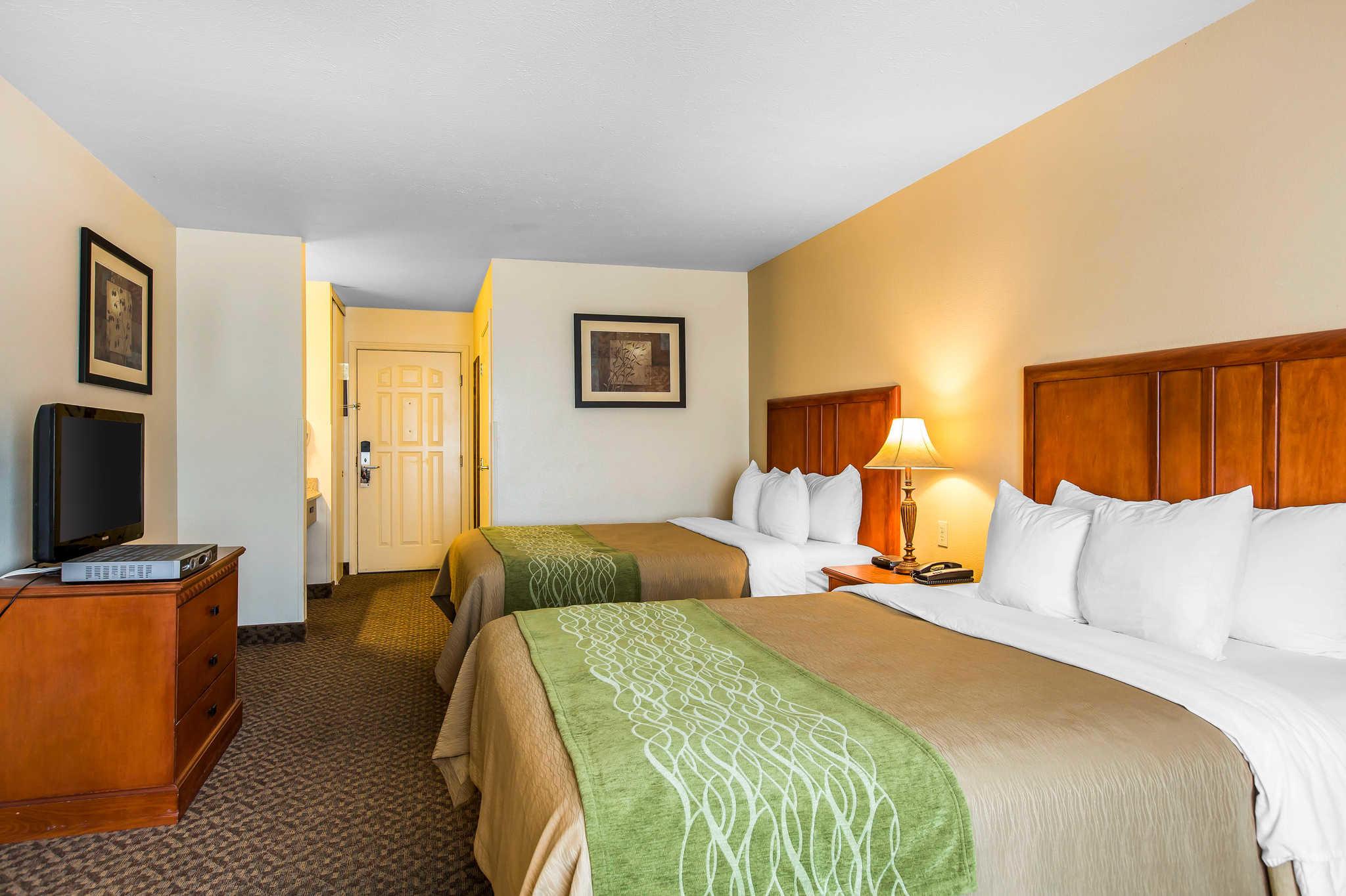 Comfort Inn & Suites El Centro I-8 image 11