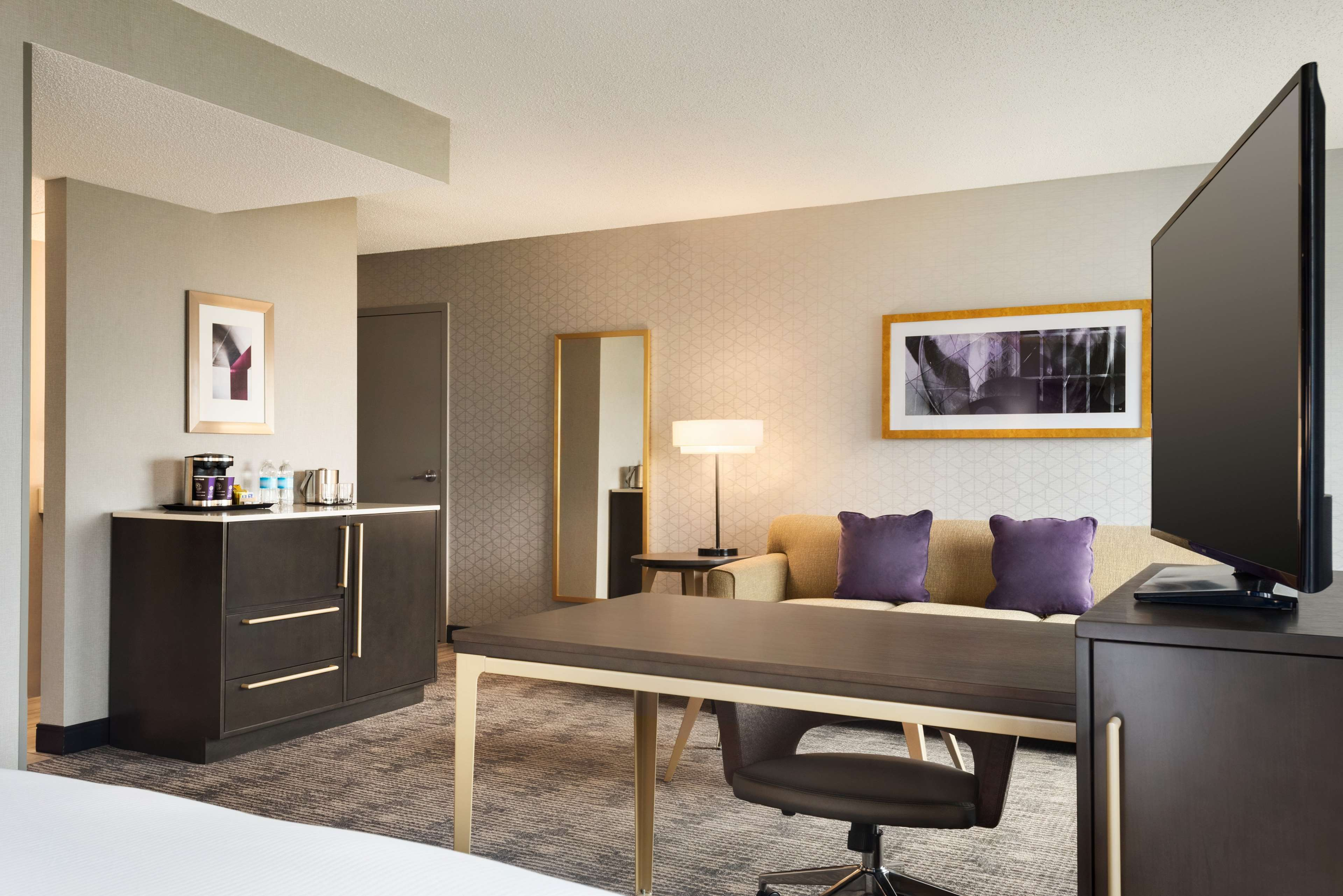 DoubleTree by Hilton St. Paul East image 18