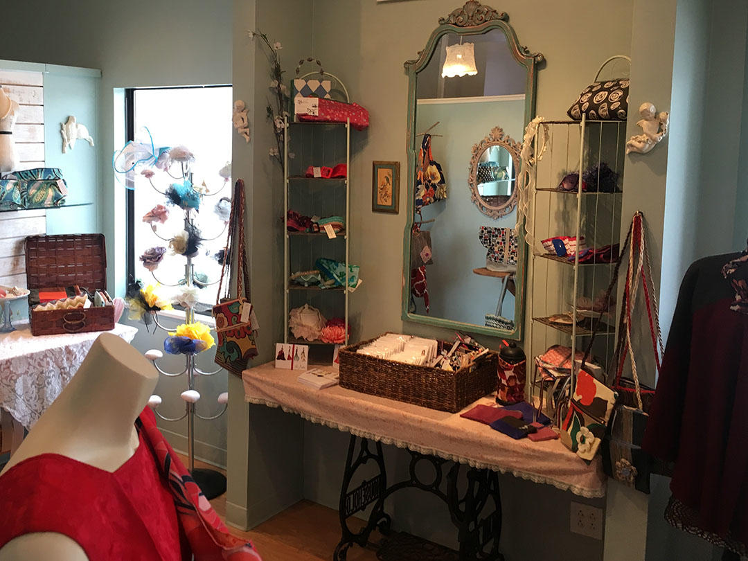 The Dressmaker's Closet image 8