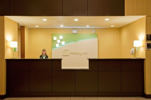 Holiday Inn Reno-Sparks image 4