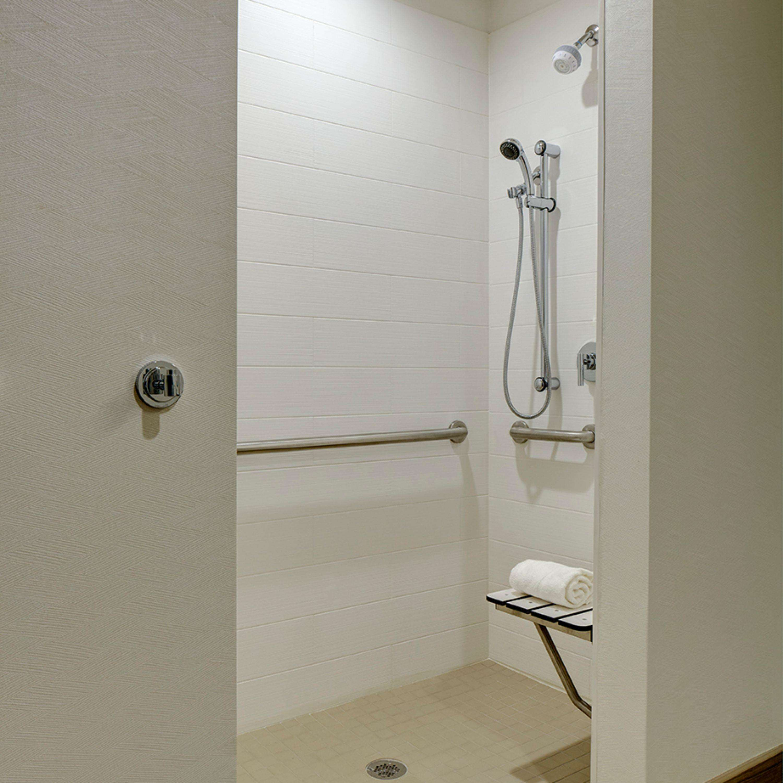 Hampton Inn & Suites Murrieta Temecula image 32