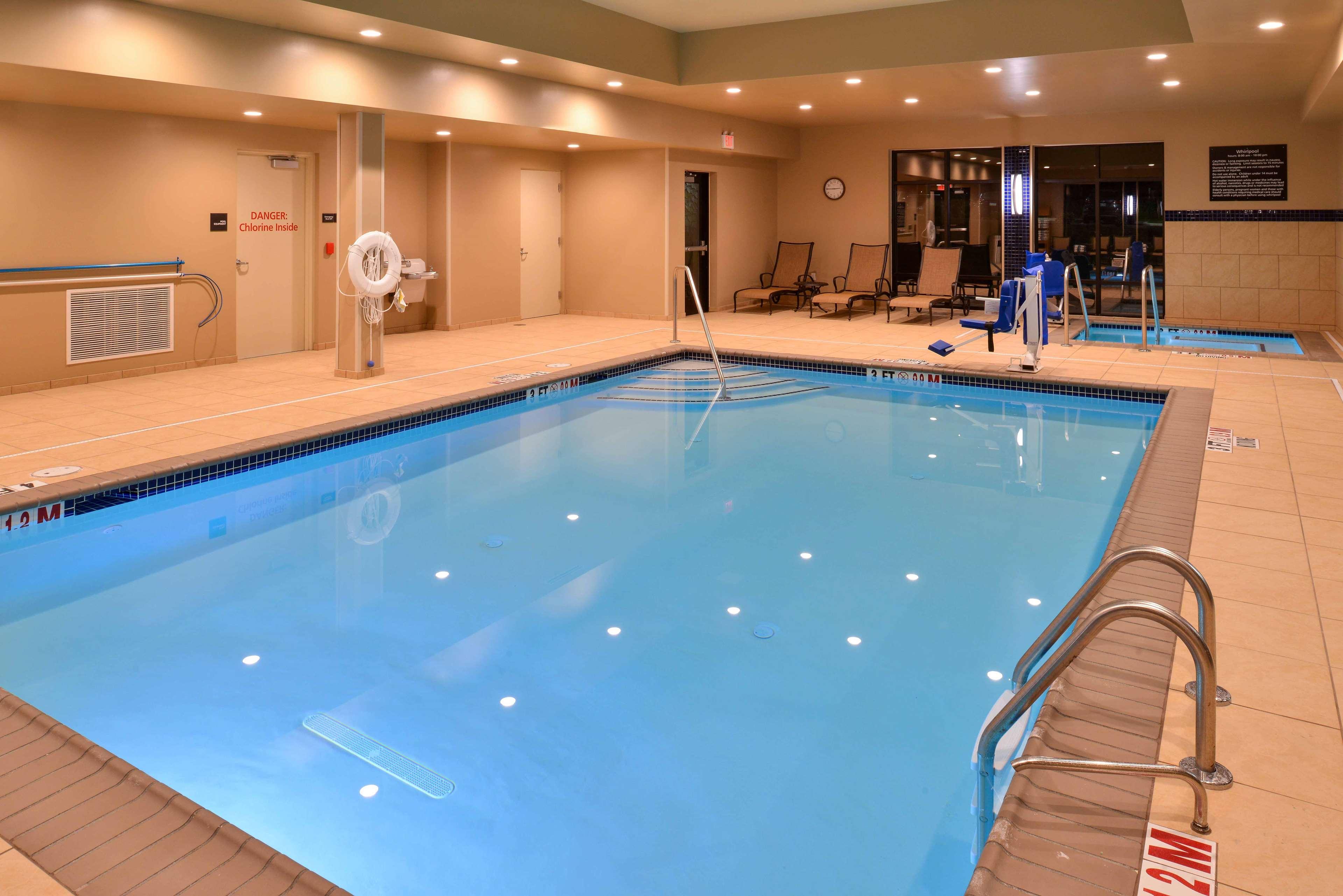 Hampton Inn & Suites Mount Joy/Lancaster West image 4