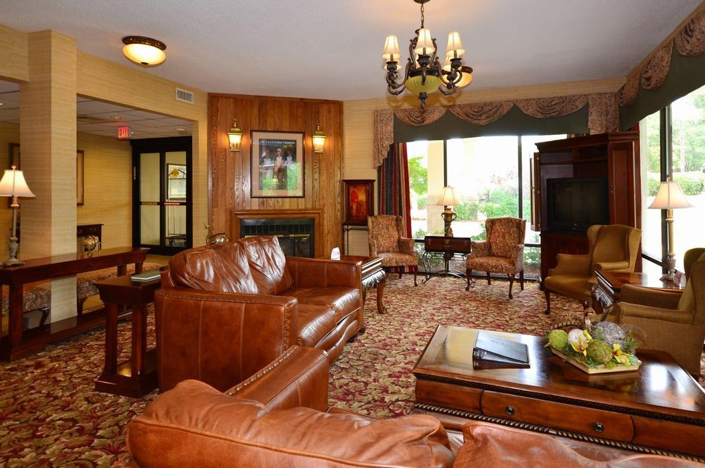 Best Western Pinehurst Inn image 11