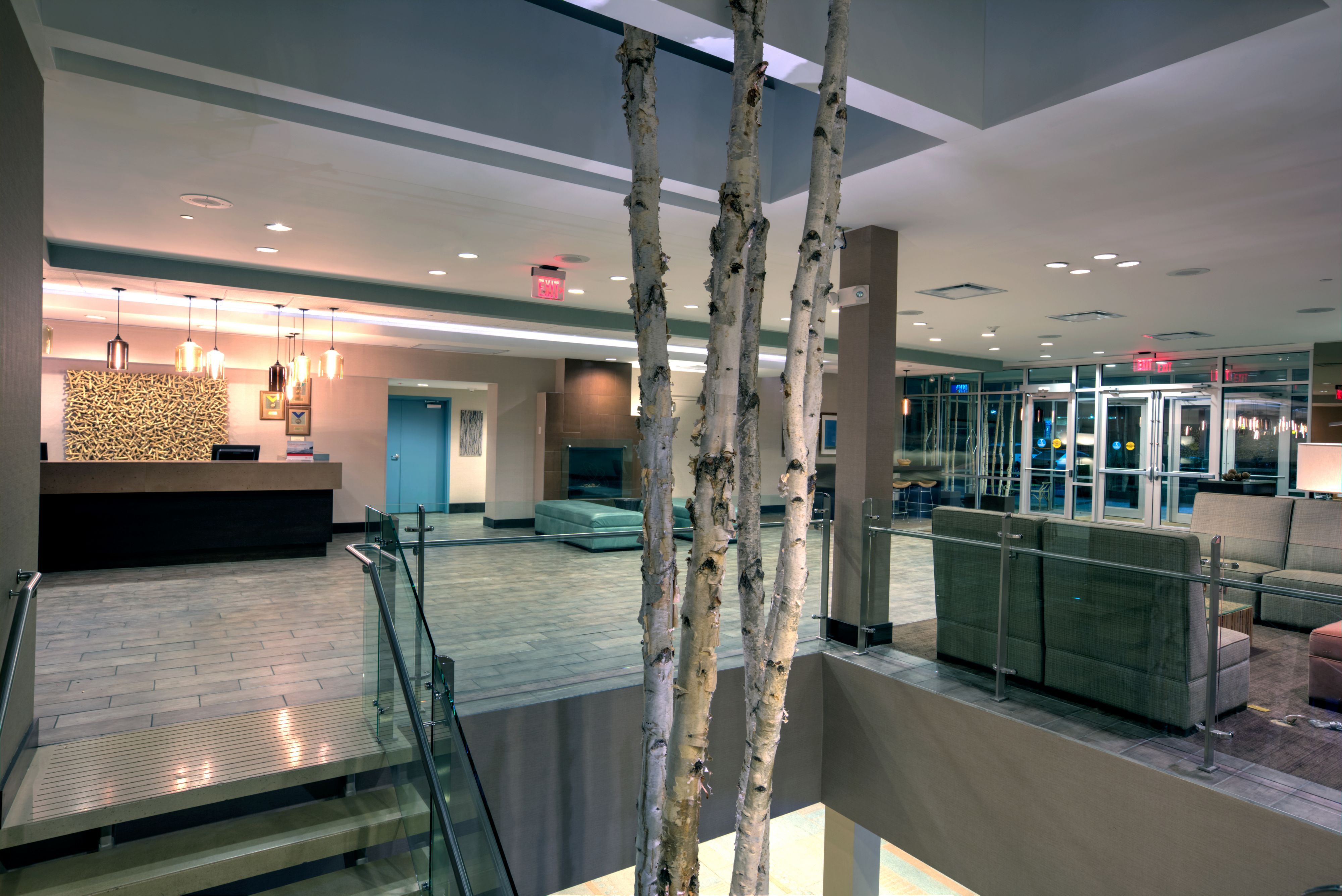 Crowne Plaza Lombard Downers Grove image 4