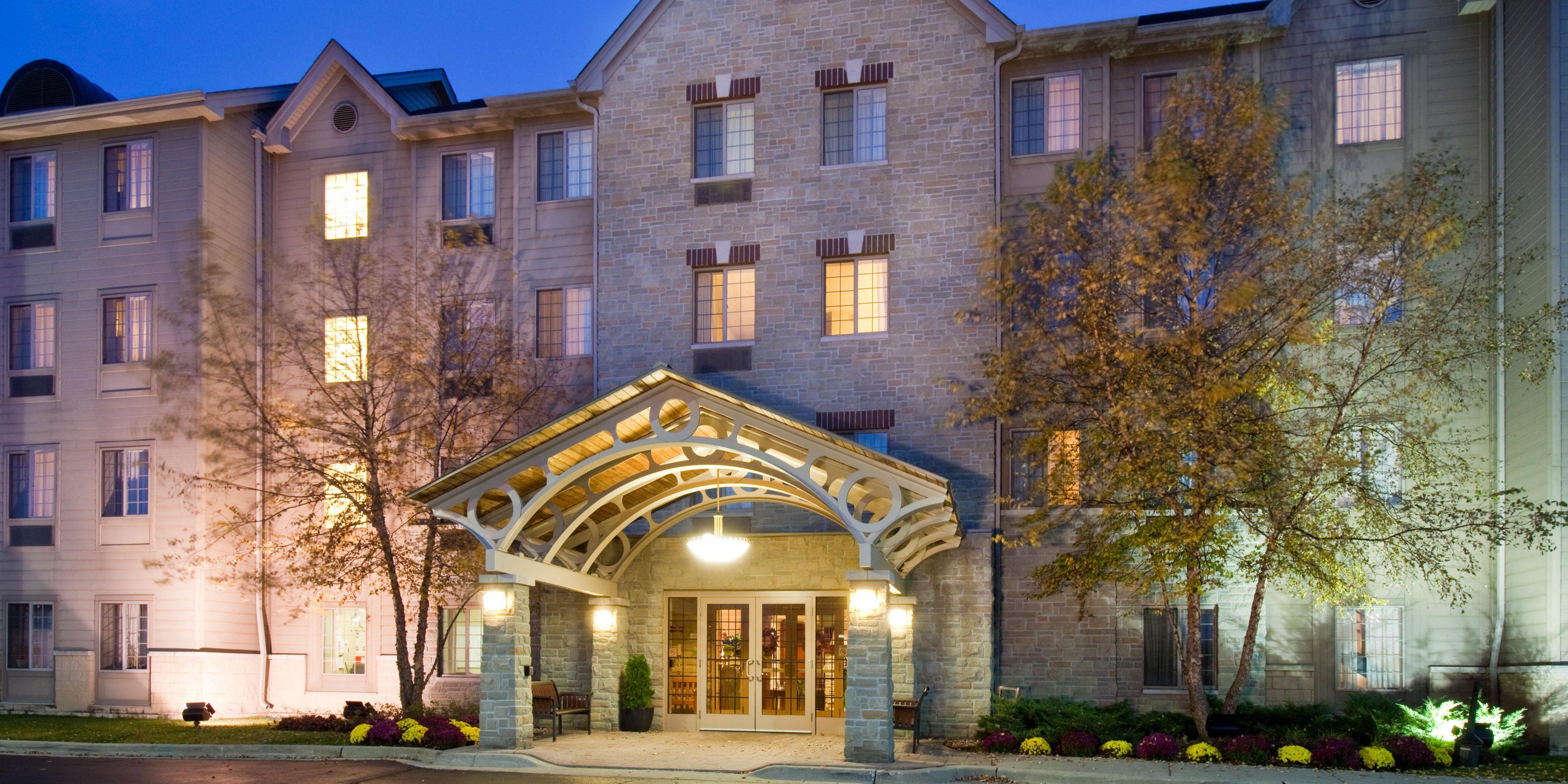 Staybridge Suites Chicago-Oakbrook Terrace image 0