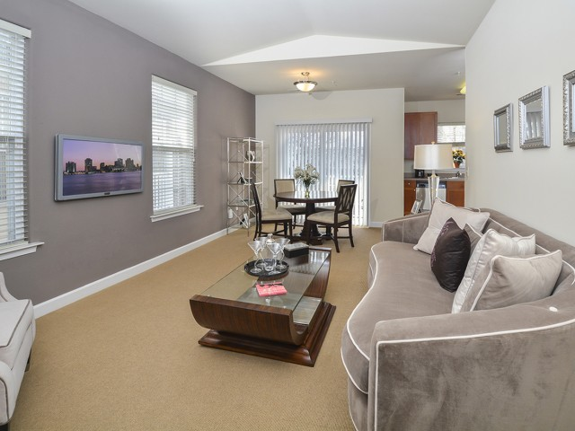 The Glen at Shawmont Station Apartment Homes image 9