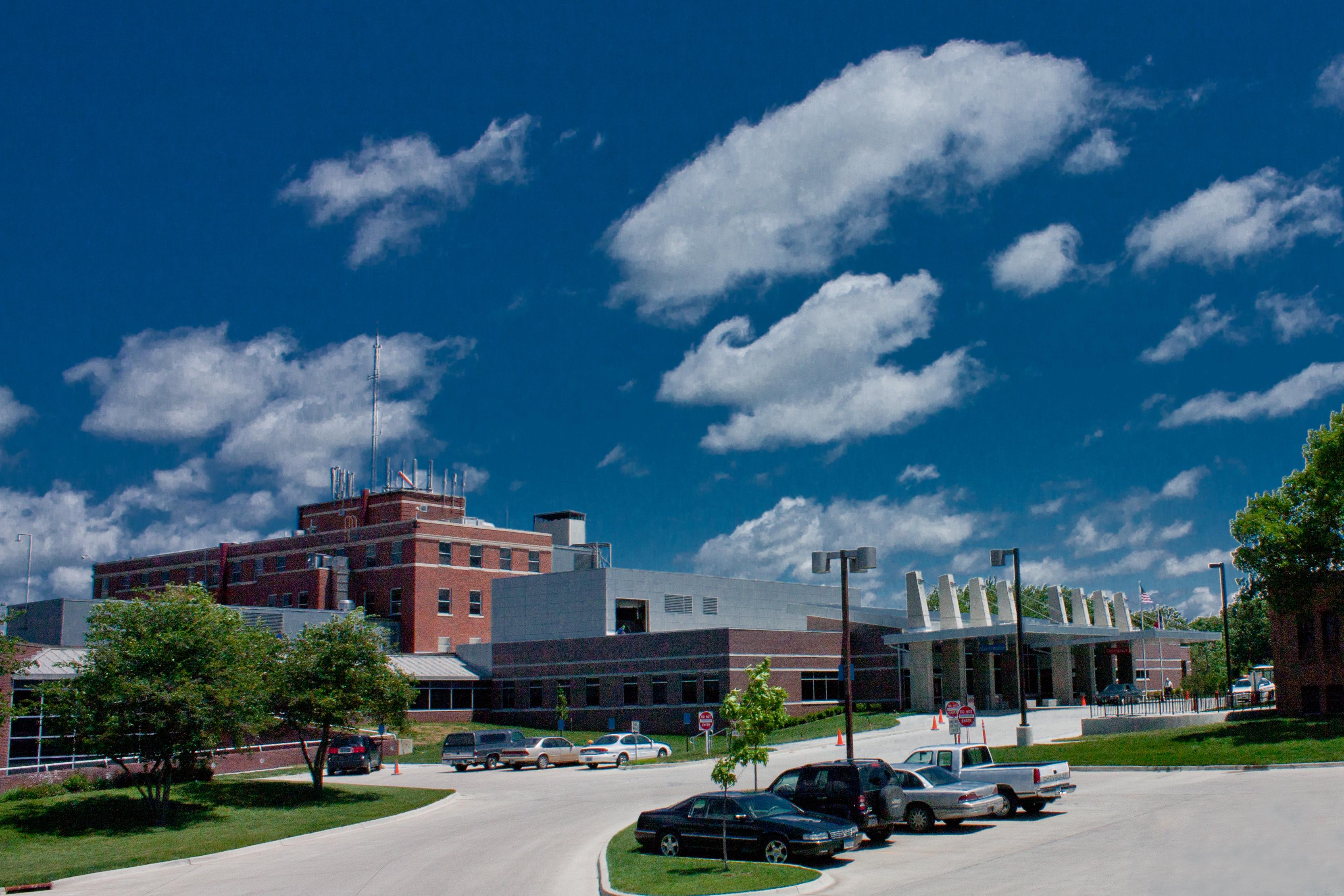 Broadlawns Medical Center image 0