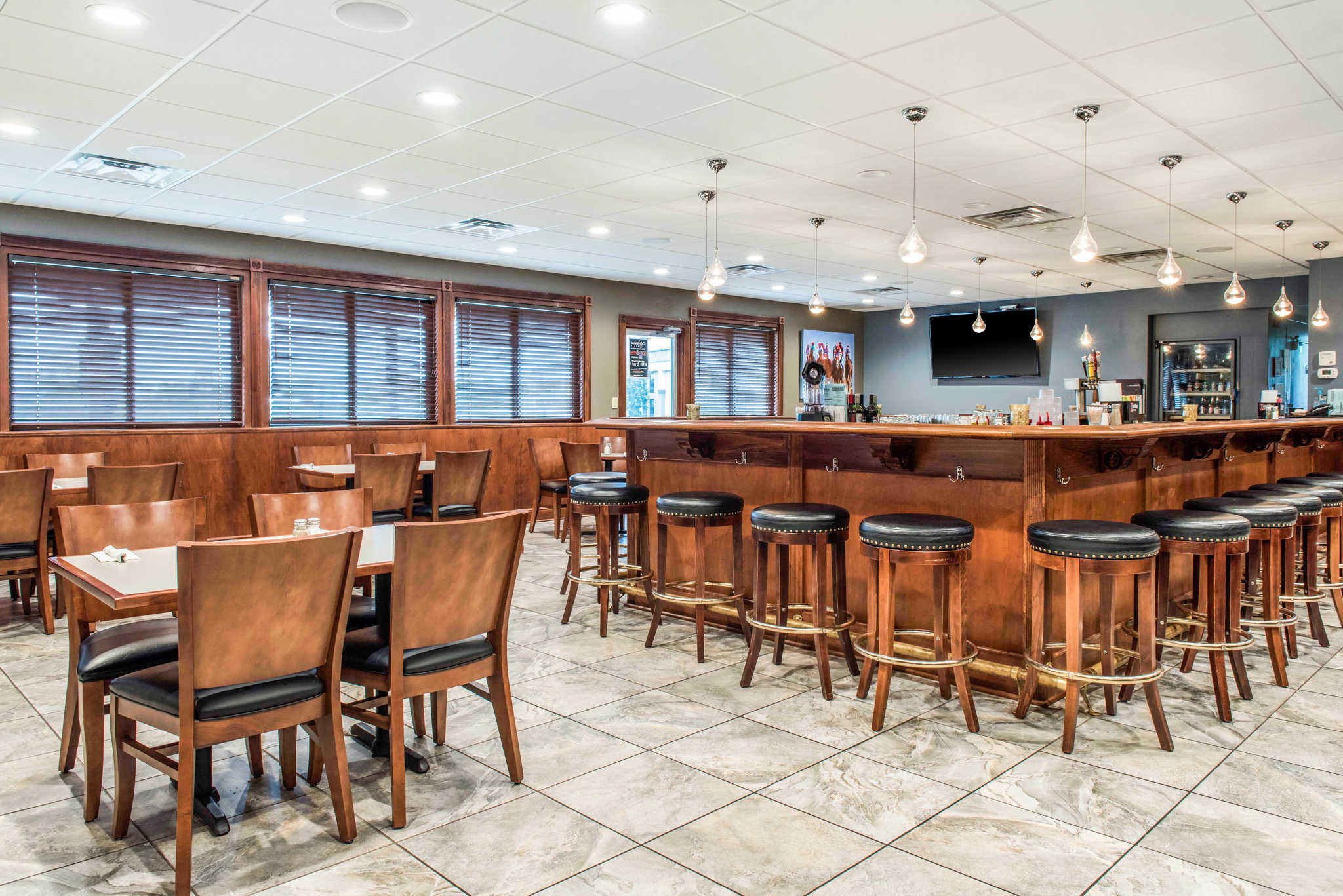 Quality Inn Austintown-Youngstown West image 27