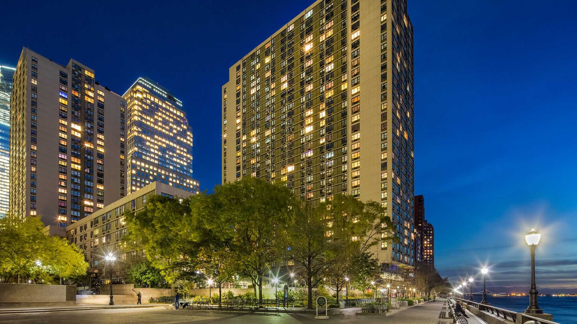 Gateway Rentals - Battery Park City image 0