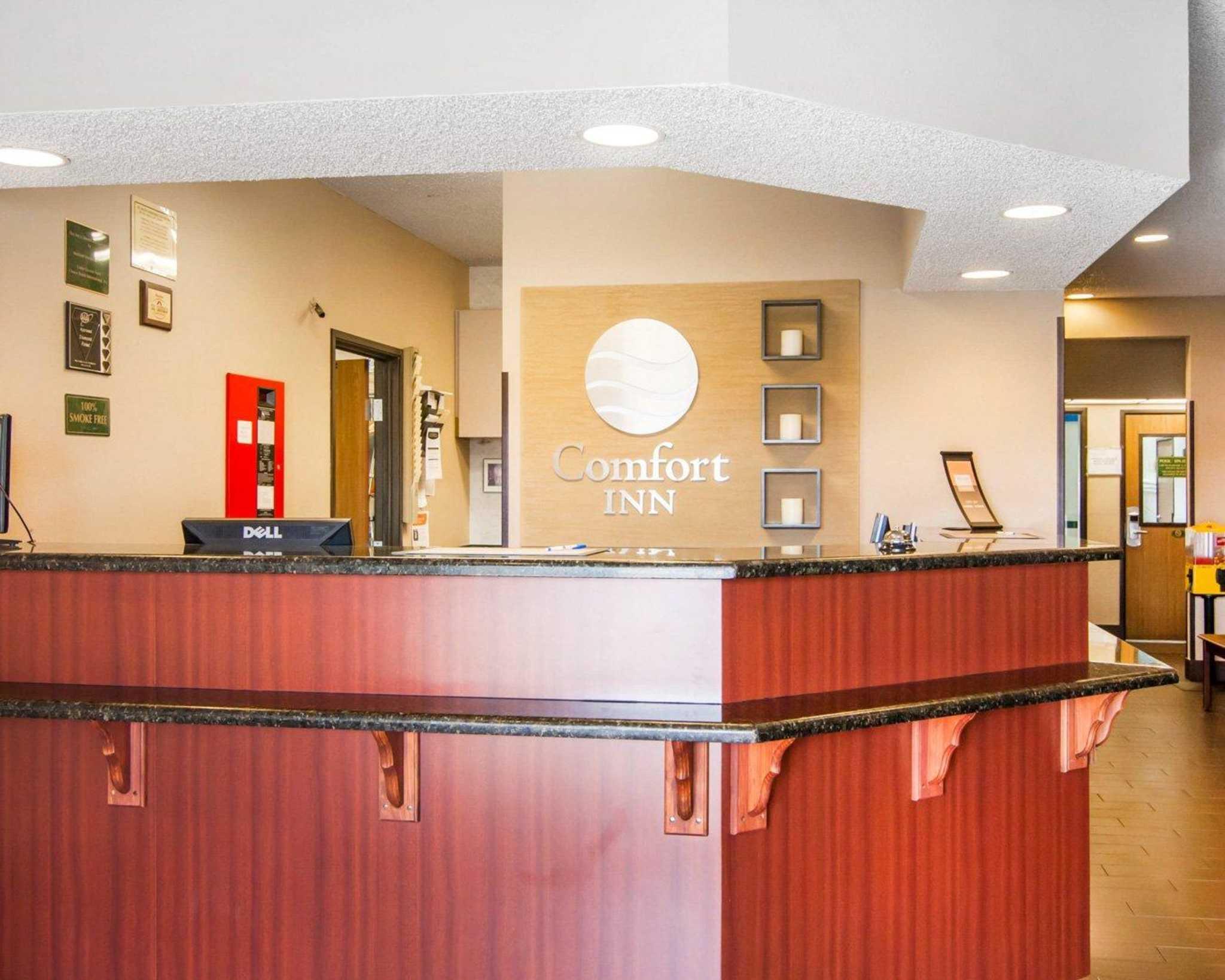 Comfort Inn North image 17