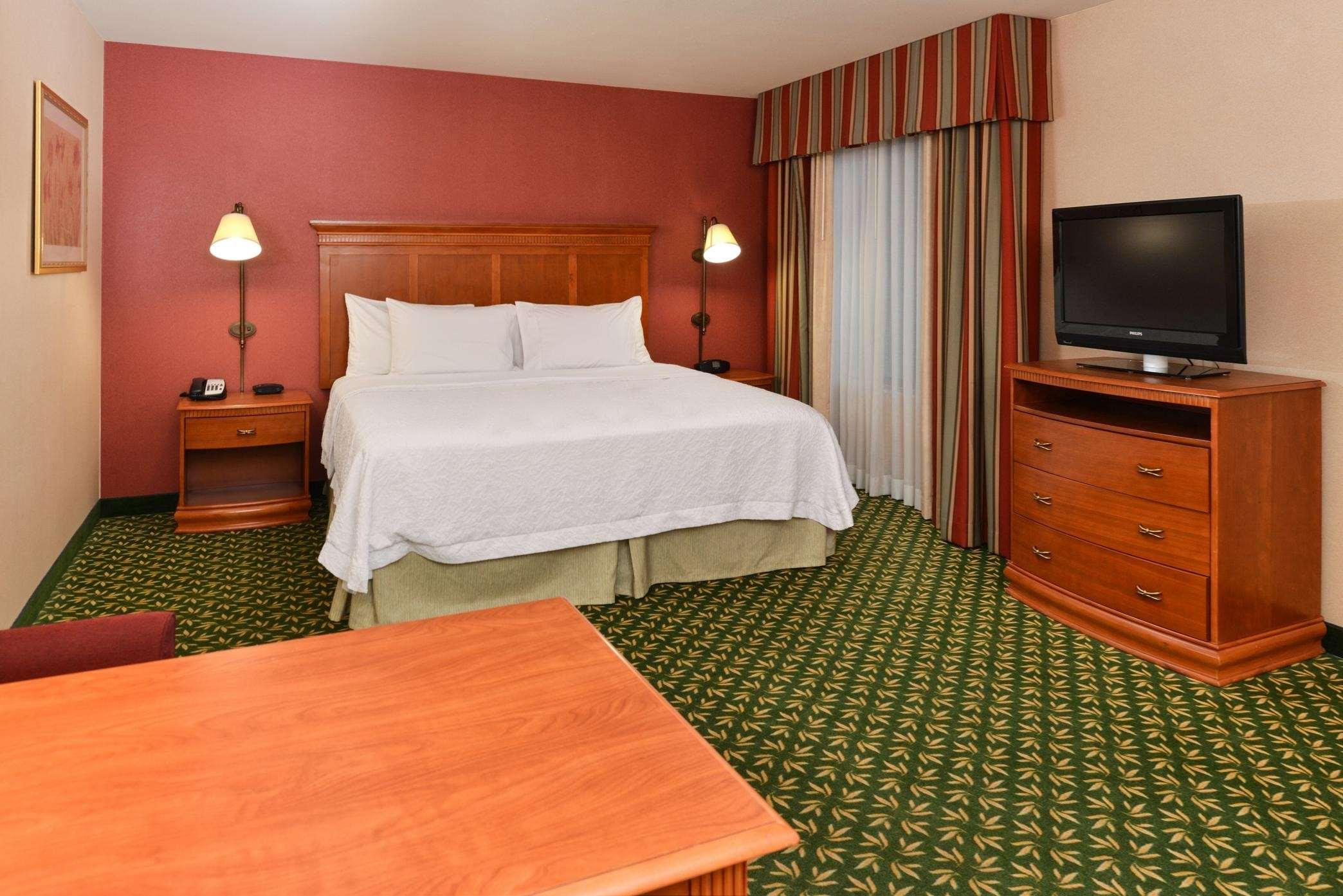 Hampton Inn & Suites Casper image 27
