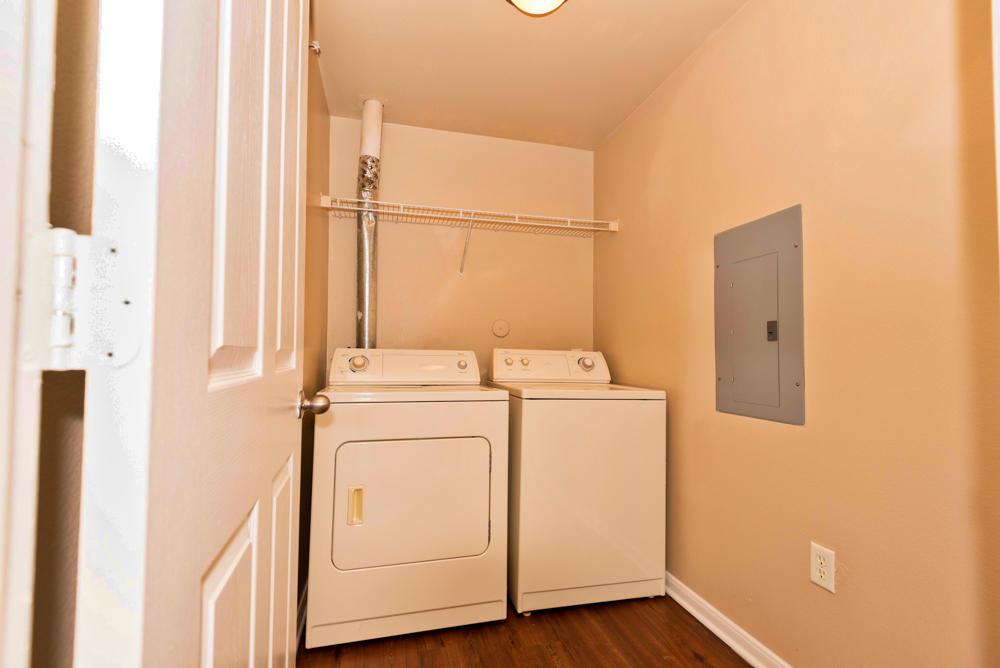 Estancia at Morningstar Apartments image 25