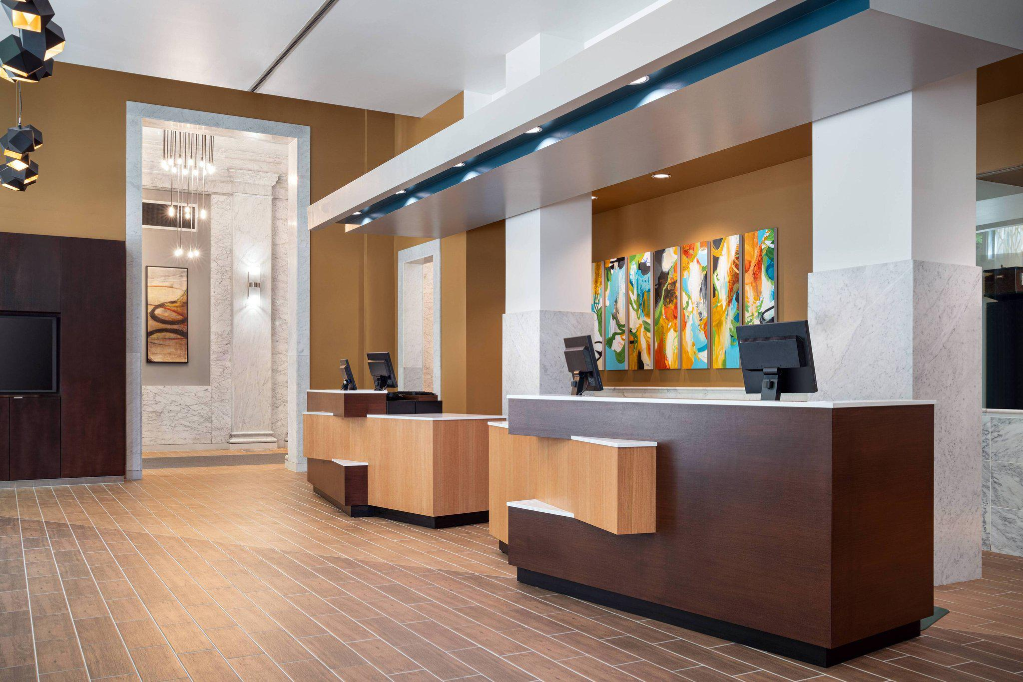 Courtyard by Marriott Seattle Downtown/Pioneer Square