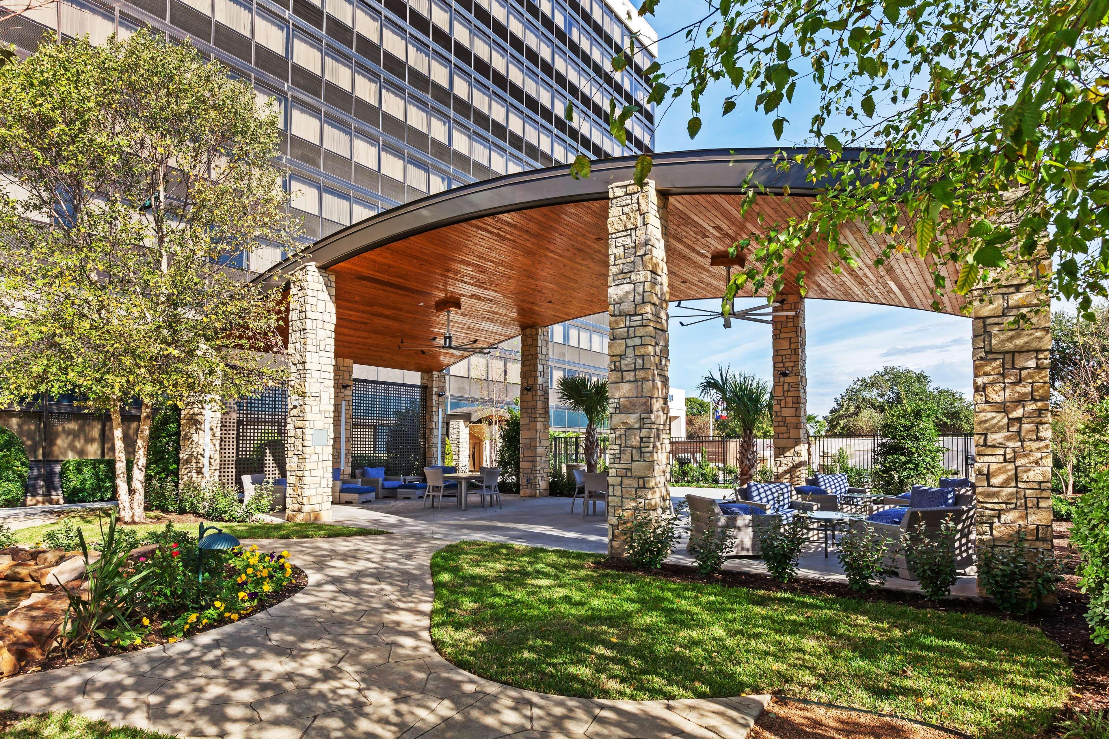 Hilton Waco image 13