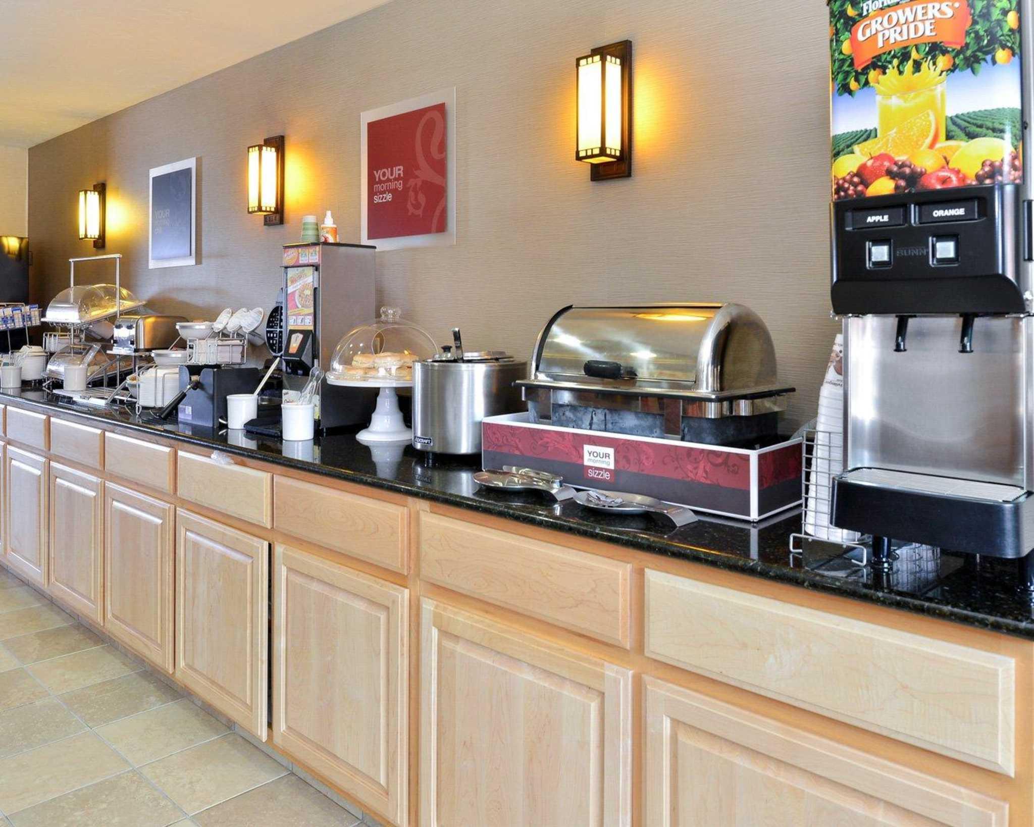 Comfort Inn Evansville-Casper image 35