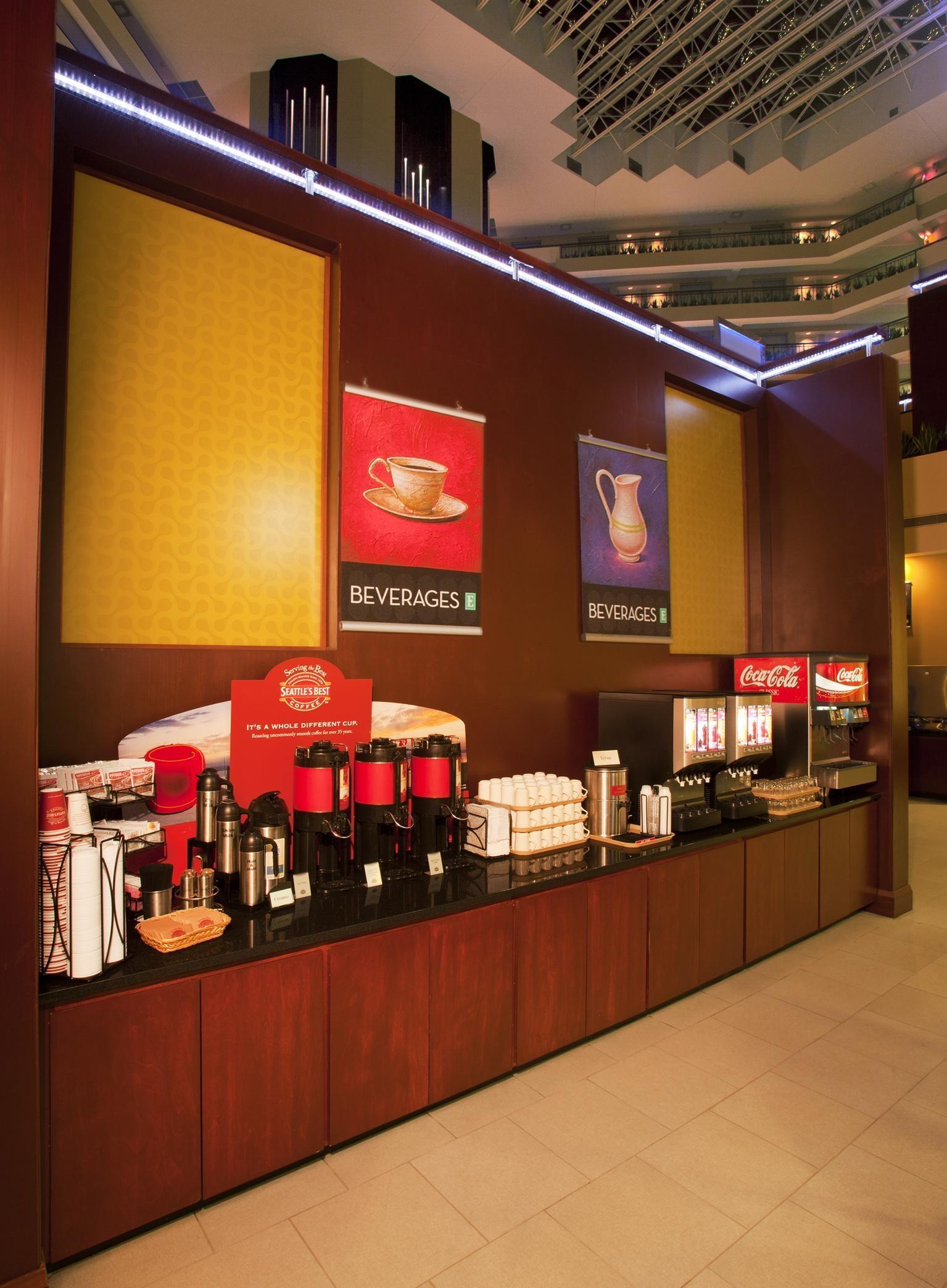 Embassy Suites by Hilton Detroit Troy Auburn Hills image 16