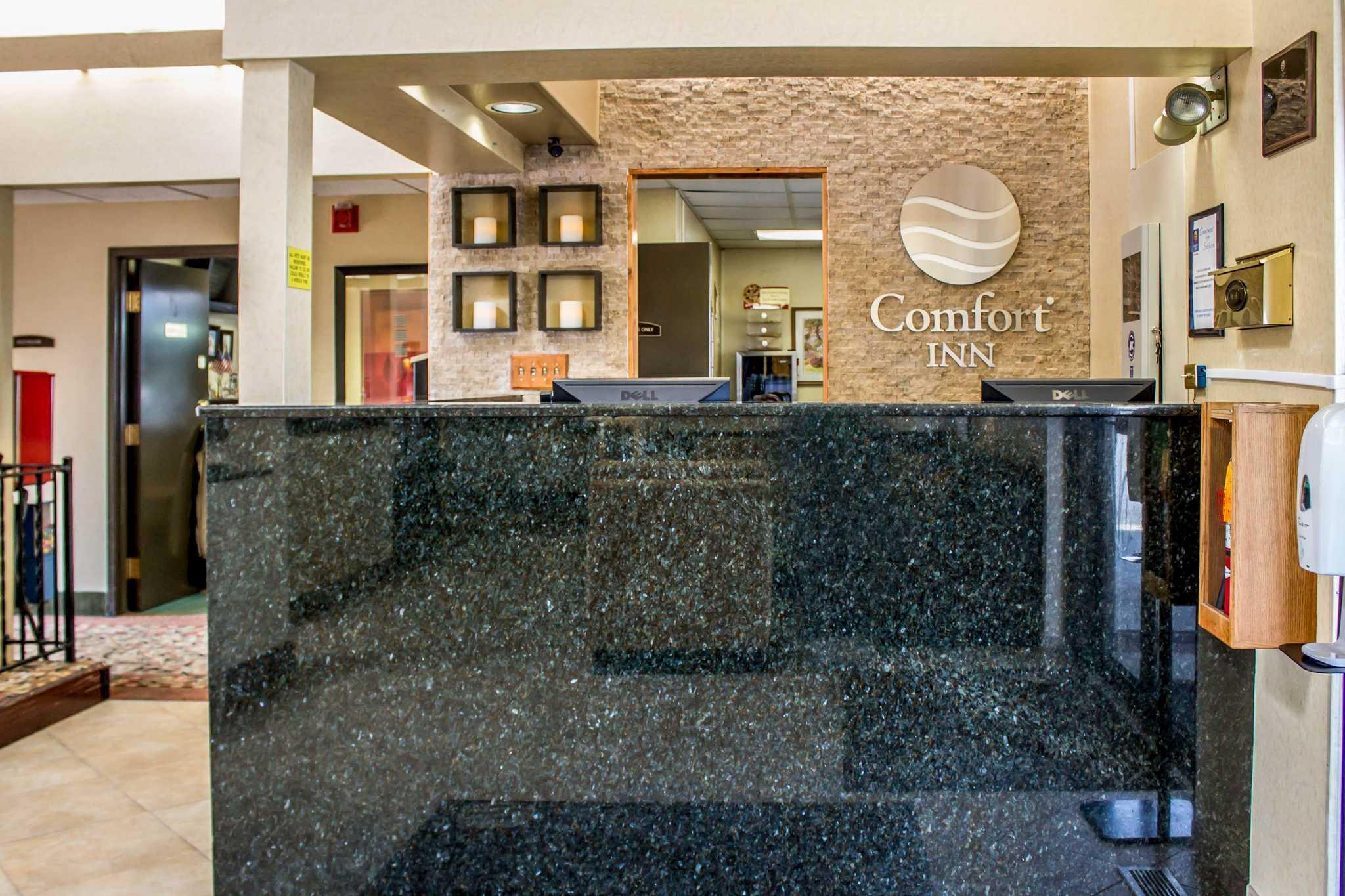Comfort Inn East image 18