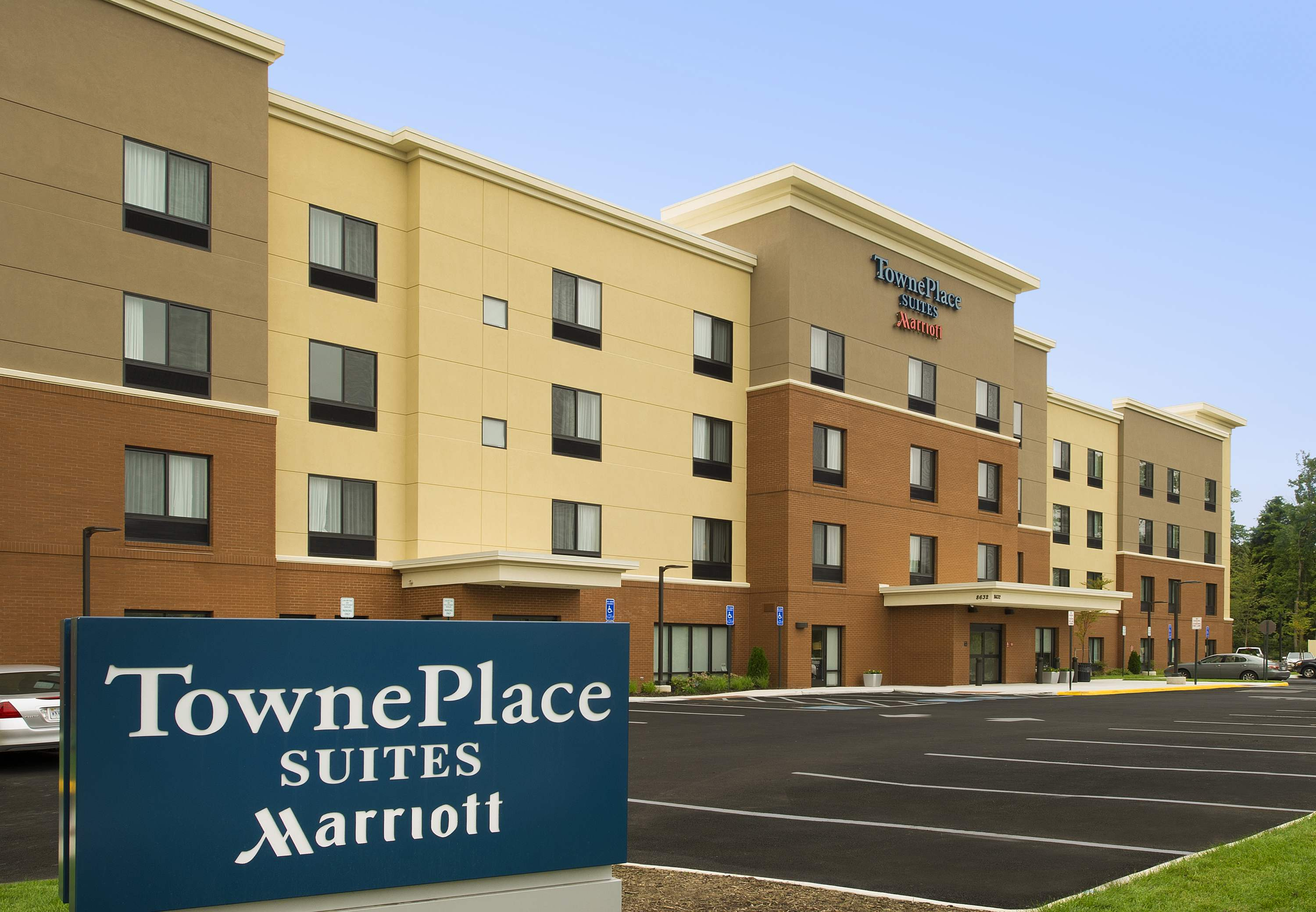 TownePlace Suites by Marriott Alexandria Fort Belvoir image 0