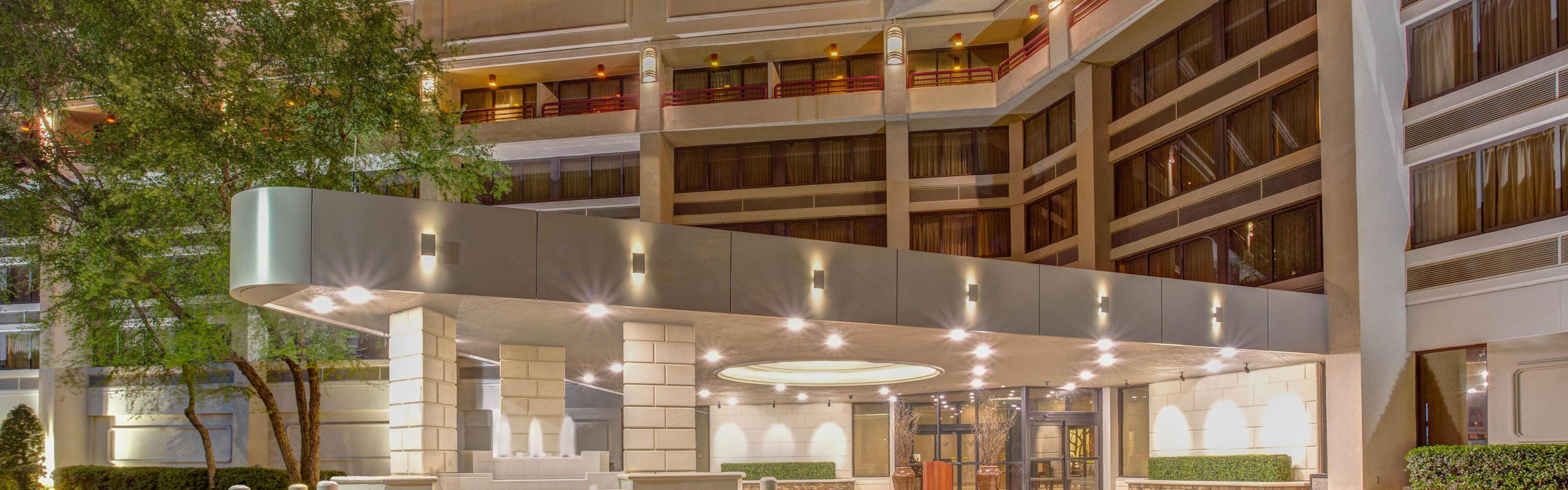 Crowne Plaza Executive Center Baton Rouge image 0