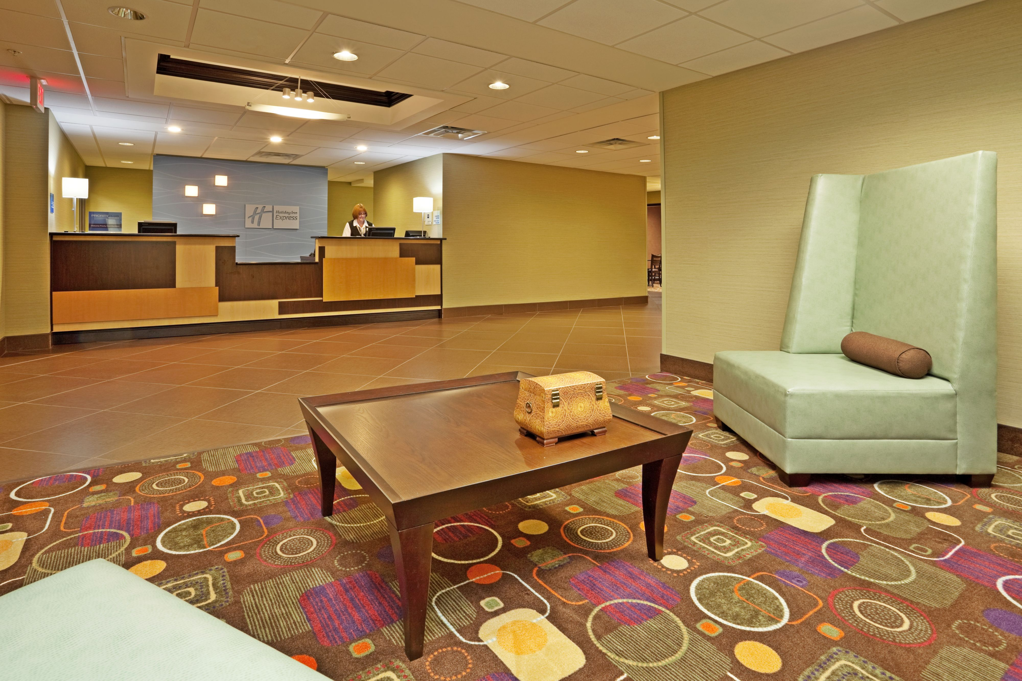 Holiday Inn Express Troutville - Roanoke North image 6