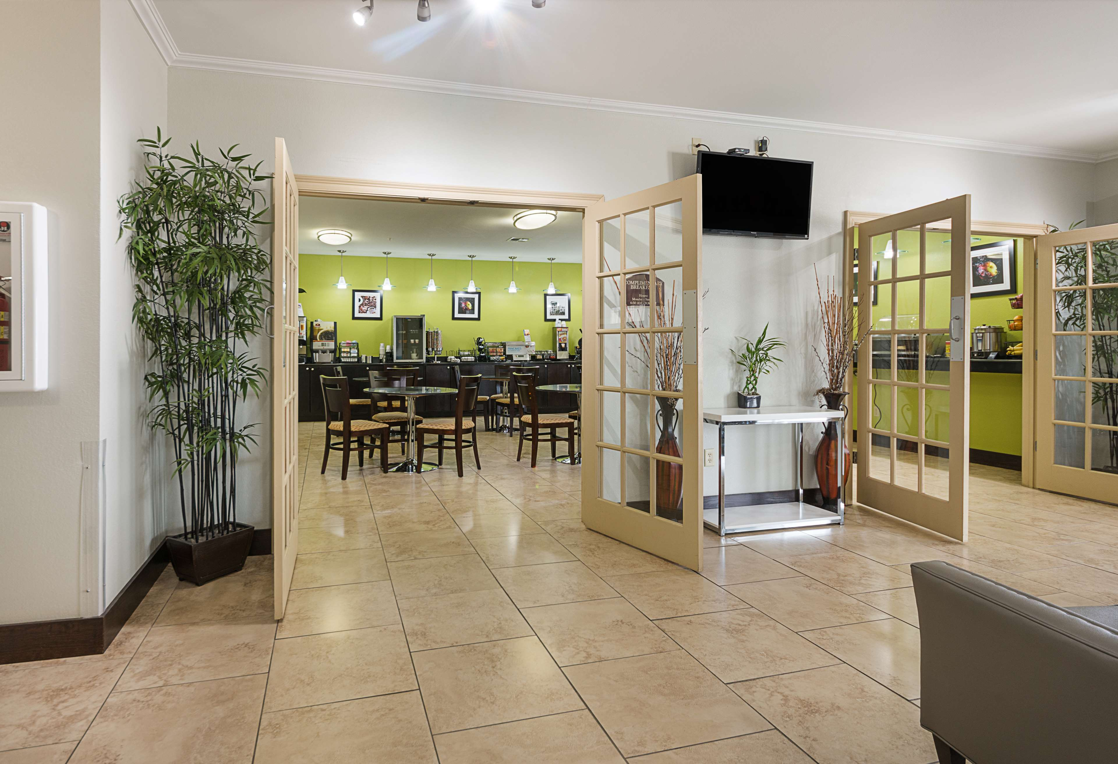 Best Western Plus DeRidder Inn & Suites