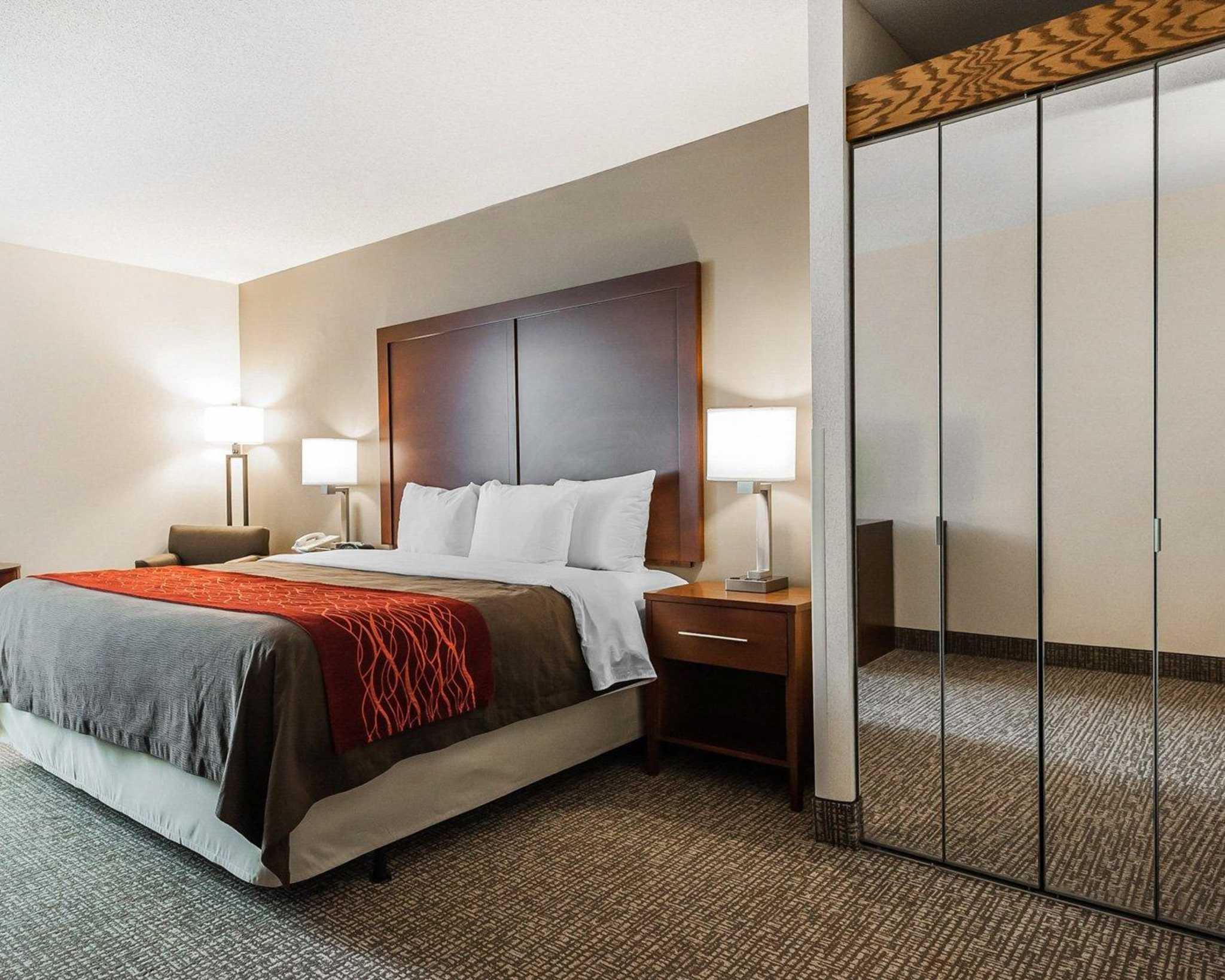 Comfort Inn Denver East image 28