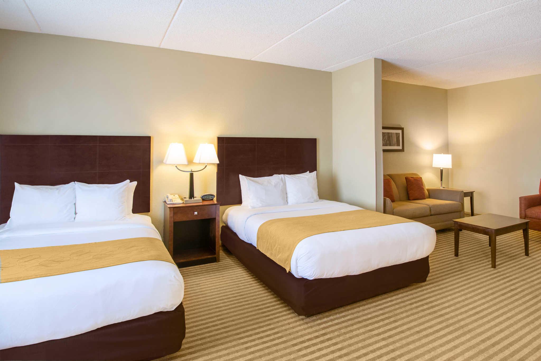 Comfort Suites Near Universal Orlando Resort image 11