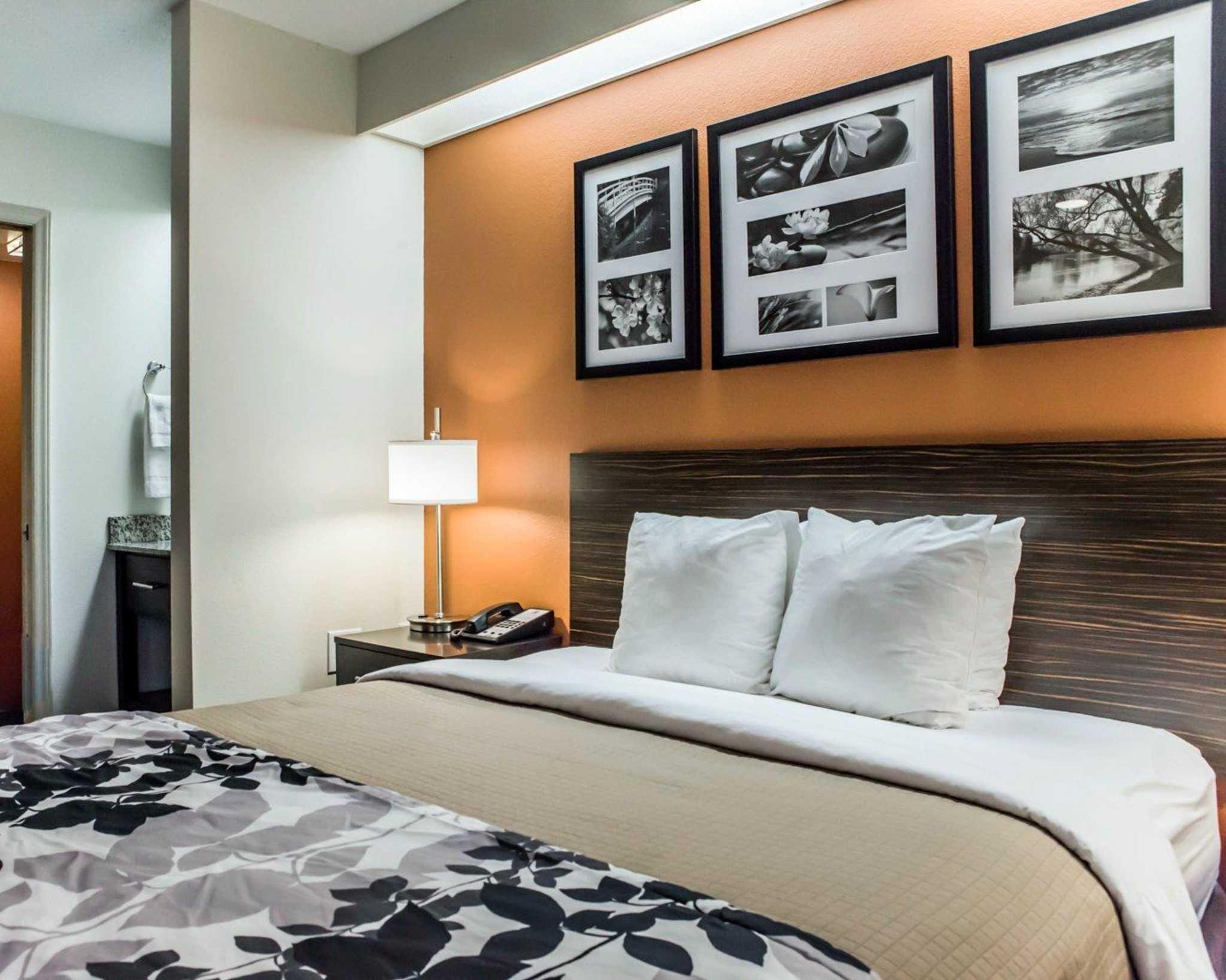 Sleep Inn image 15