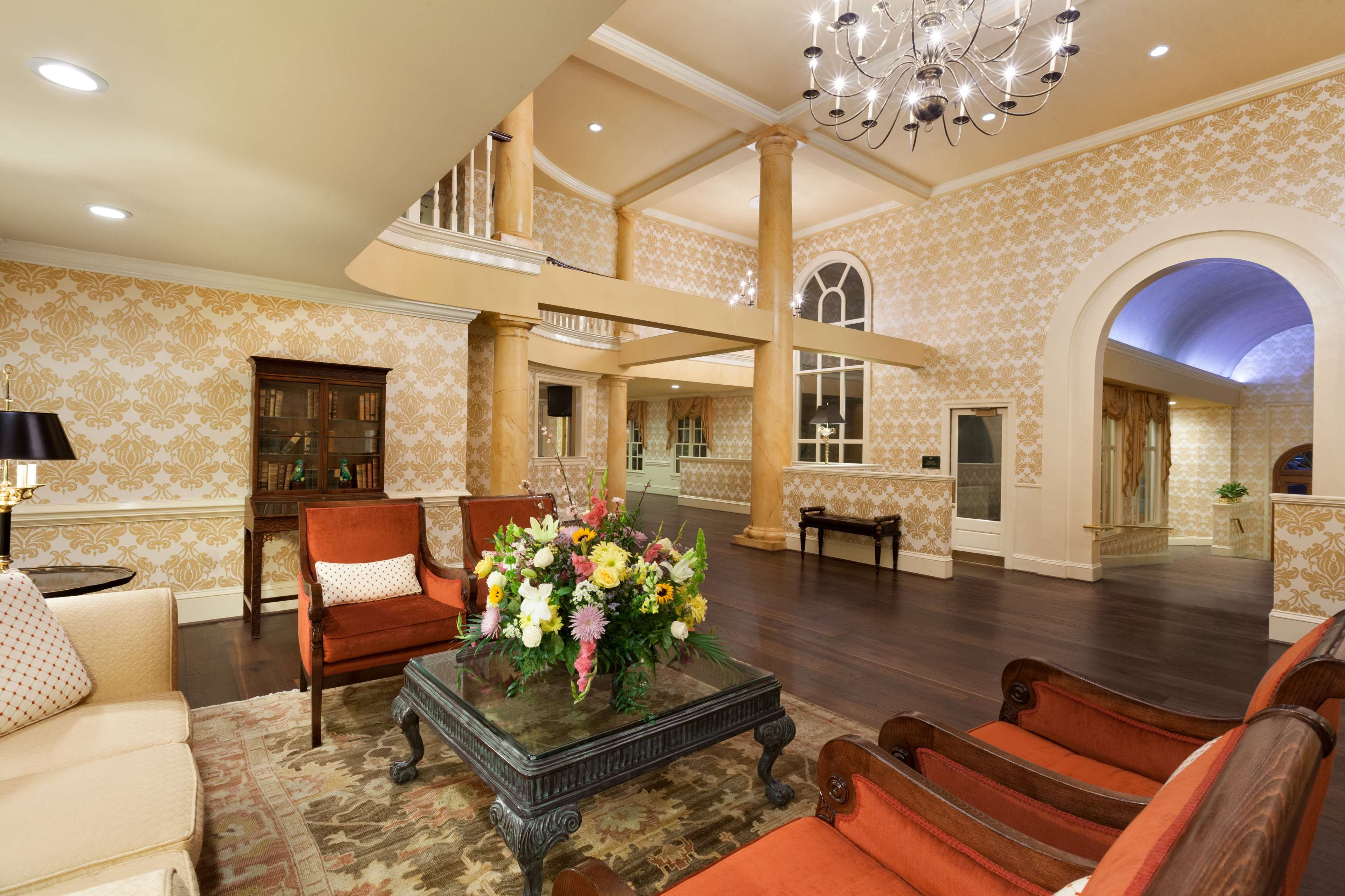DoubleTree by Hilton Hotel & Suites Charleston - Historic District image 6