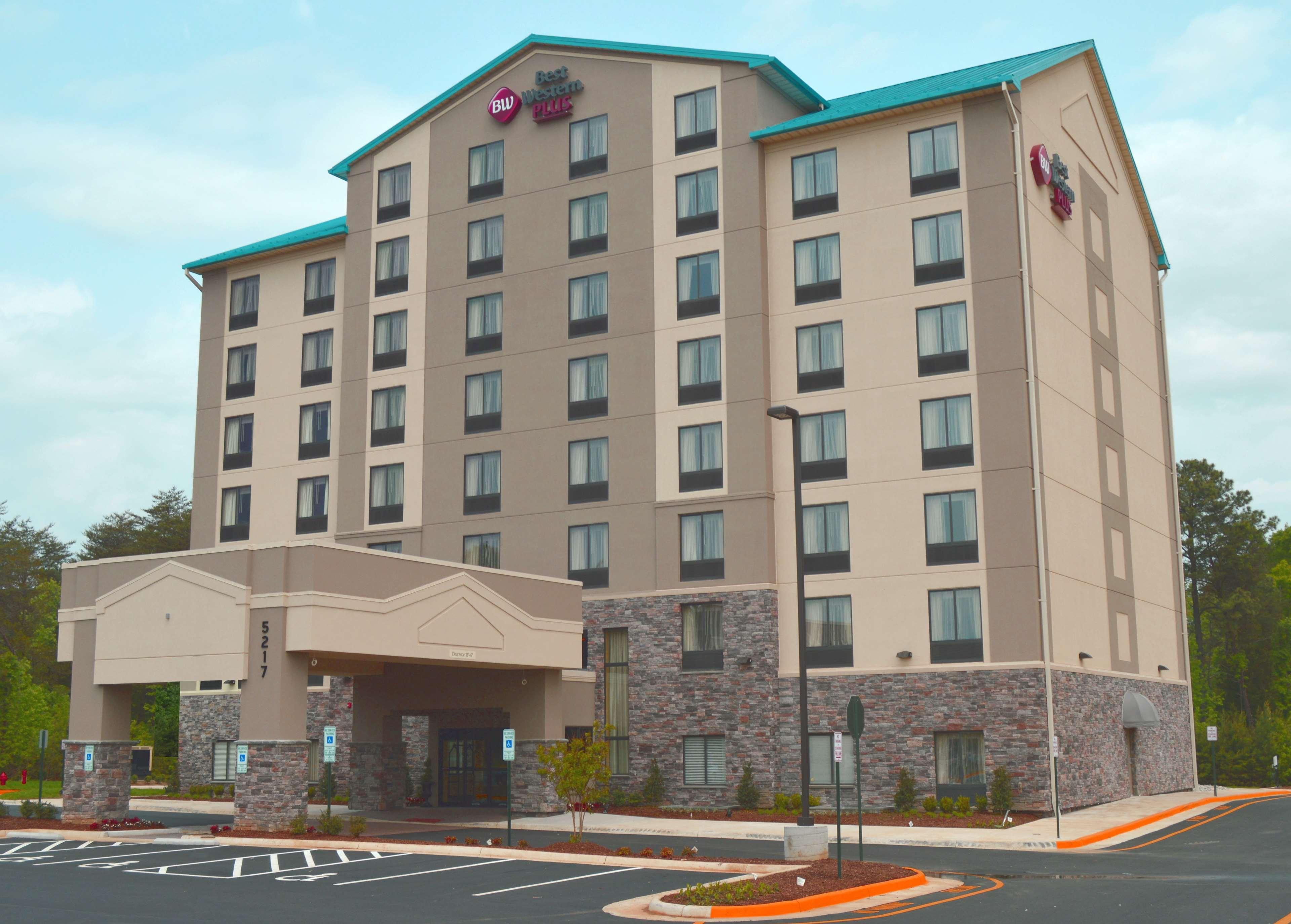 Best Western Plus Thornburg Inn & Suites image 0