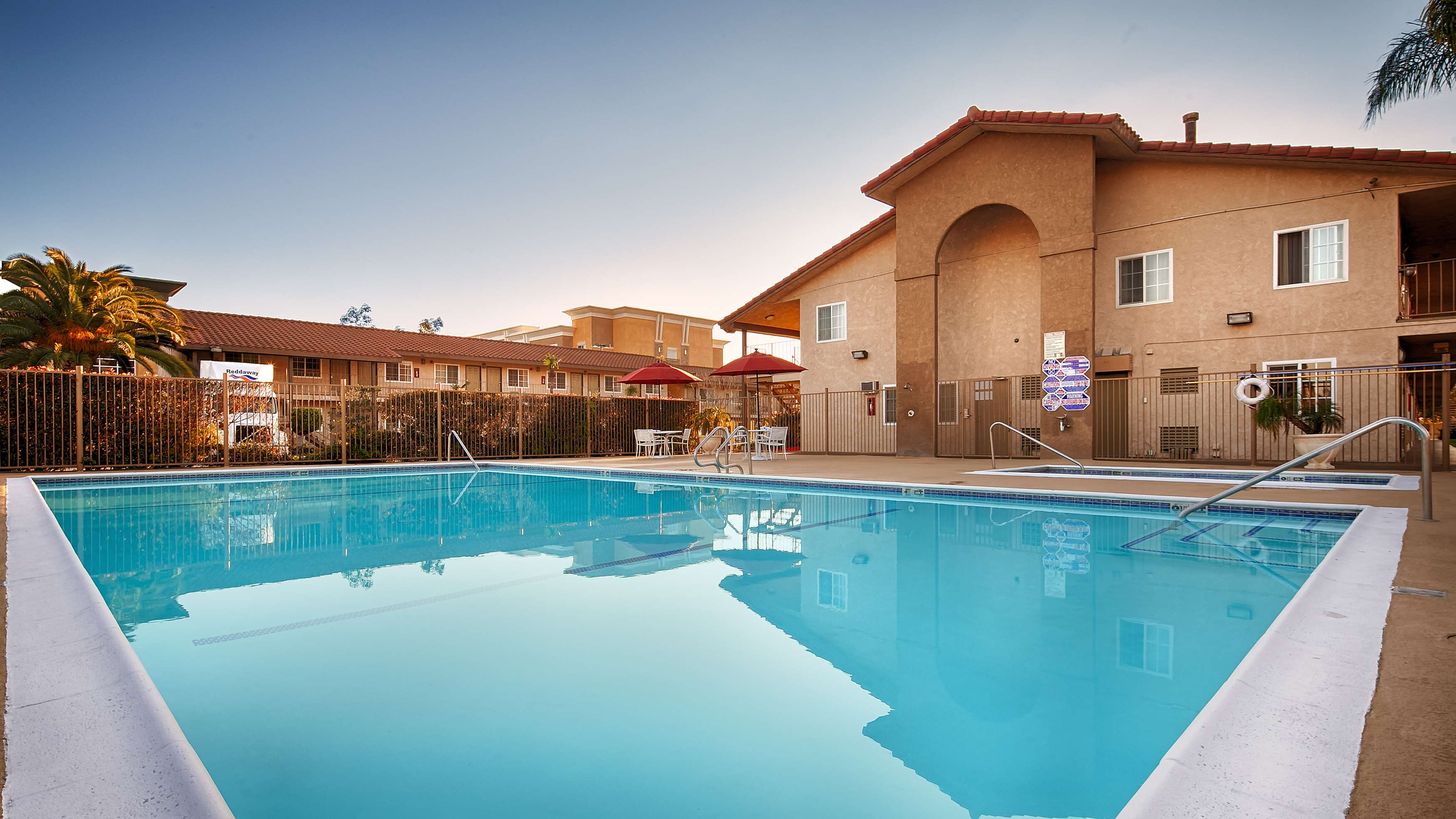 Best Western Plus Ontario Airport & Convention Center image 3