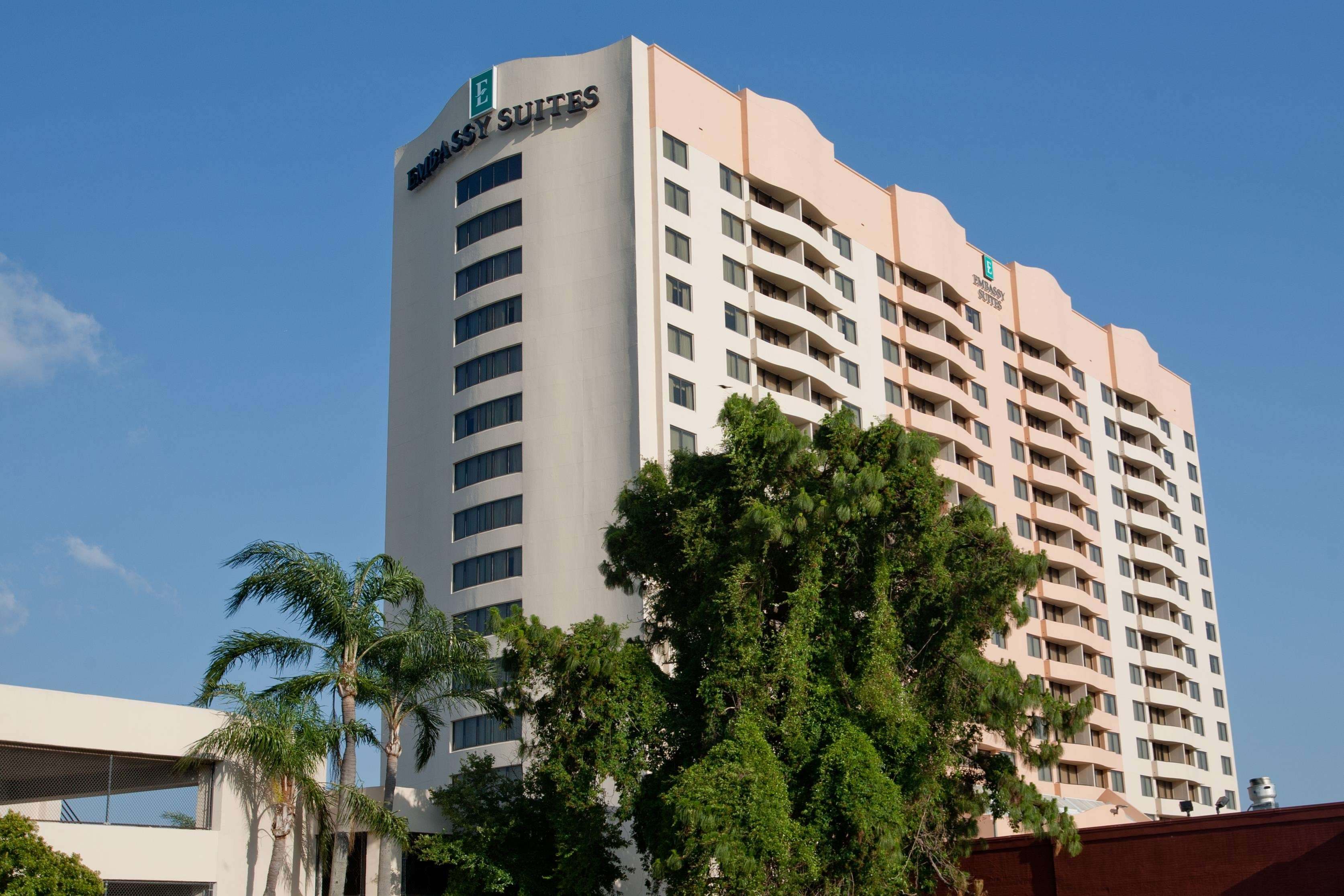 Embassy Suites by Hilton Tampa Airport Westshore image 3