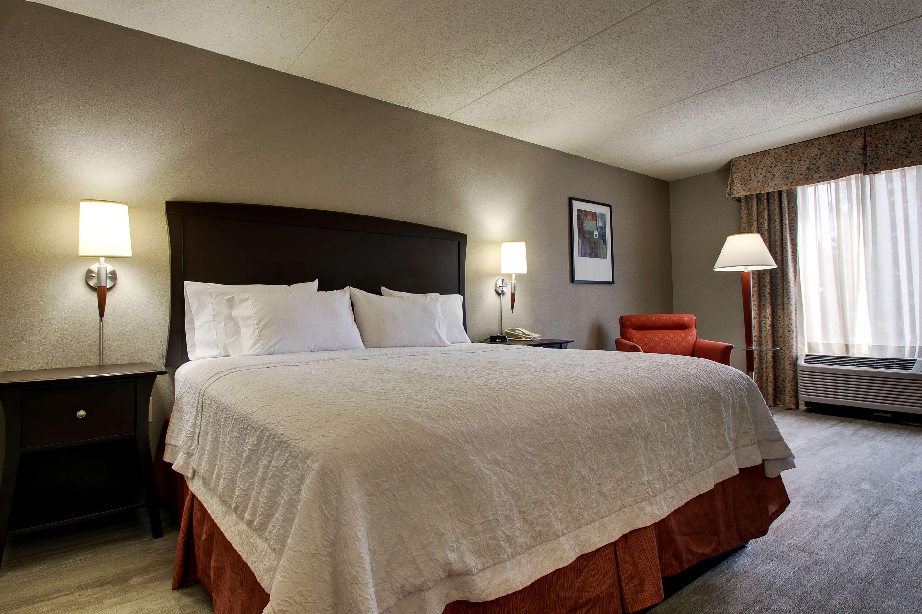 Hampton Inn & Suites Spartanburg-I-26-Westgate Mall image 36