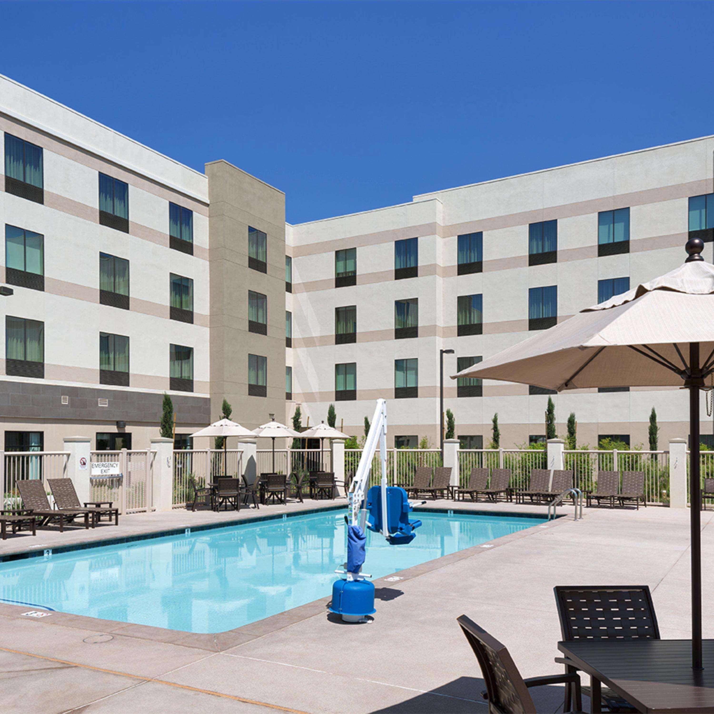 Hampton Inn & Suites Murrieta Temecula image 8